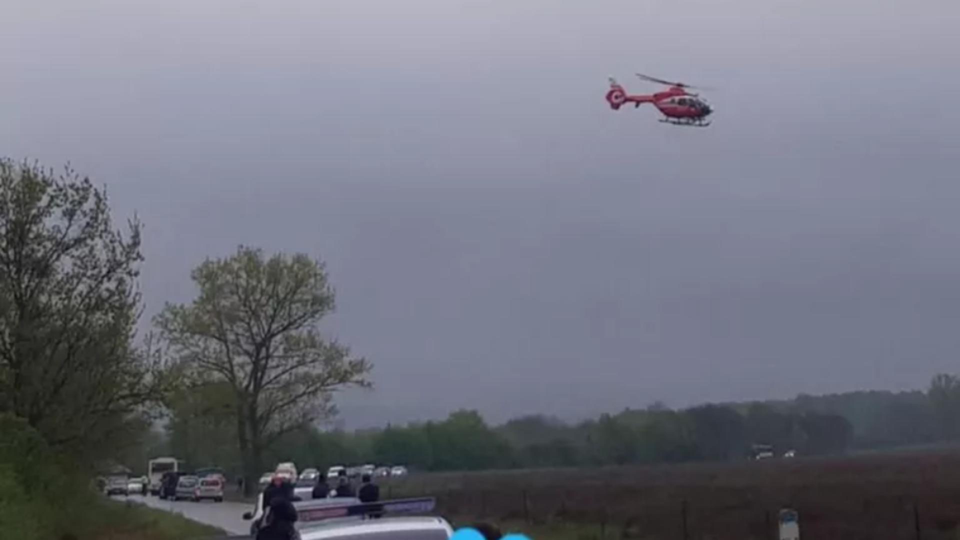 Bărbatul rănit a fost transportat la spital cu elicopterul SMURD
