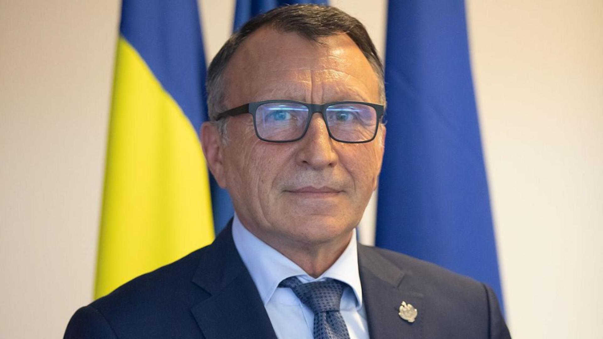 Paul Stănescu, atac la Florin Cîțu: Lauda exagerată nu miroase a bine. România trebuie să-și pună centura de siguranță