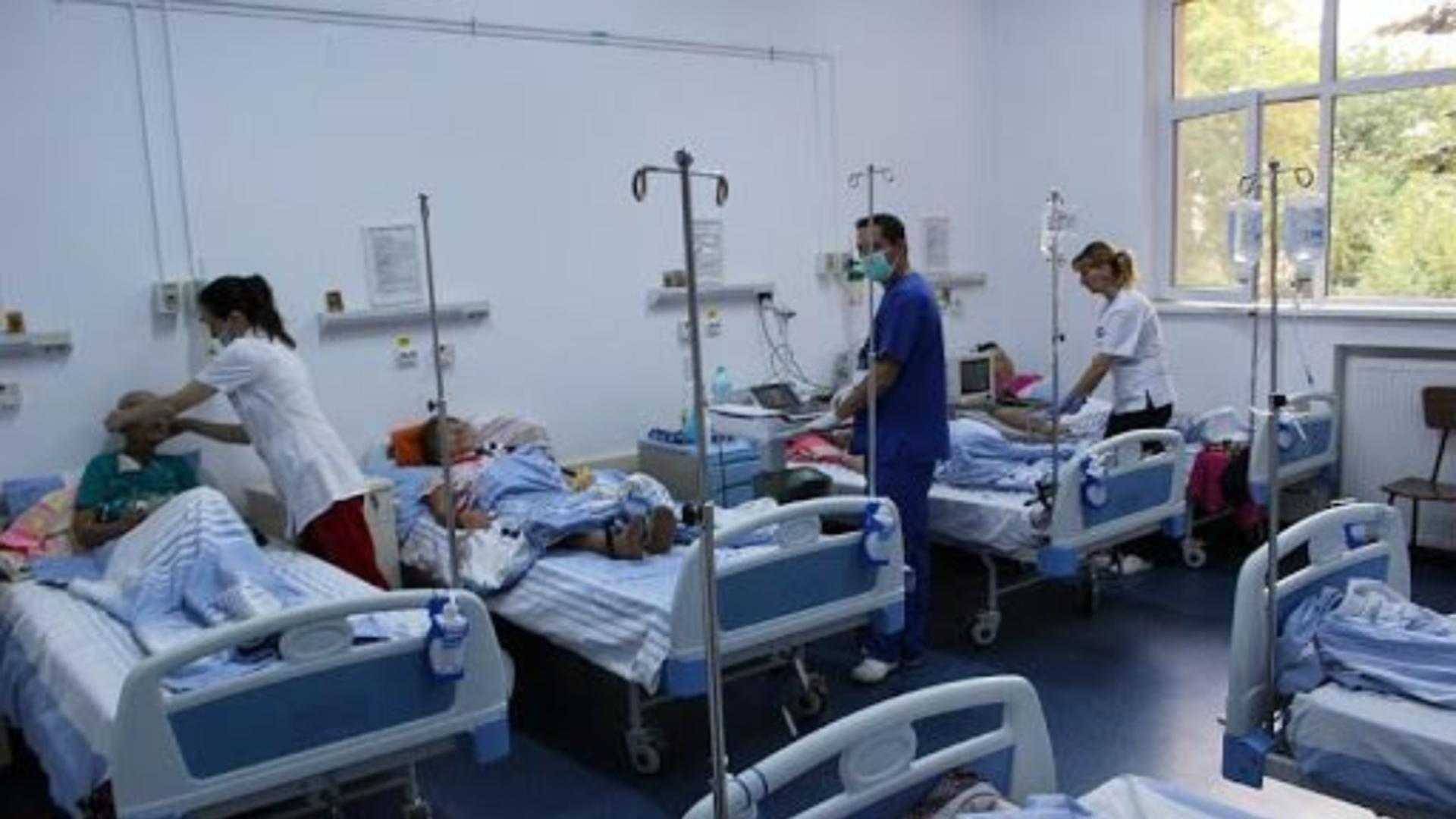 Alocația de hrană pentru pacienți în spital de 40 de lei pe zi, adoptată tacit de senatori