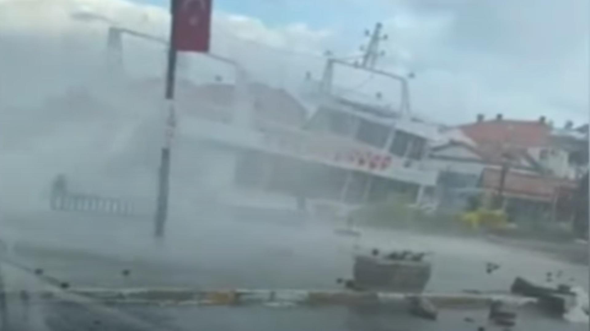 Furtună Turcia