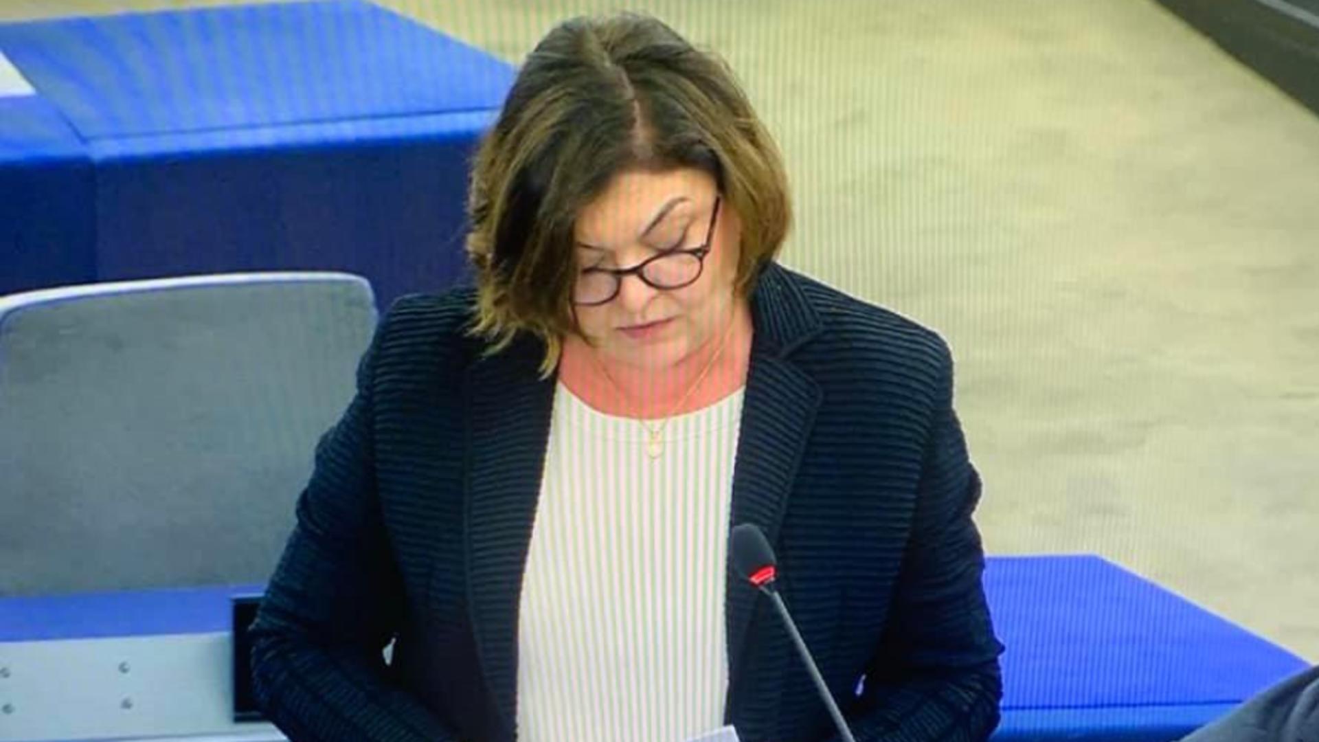 Comisarul european Adina Vălean, APEL către țările UE după uciderea șoferului român de TIR