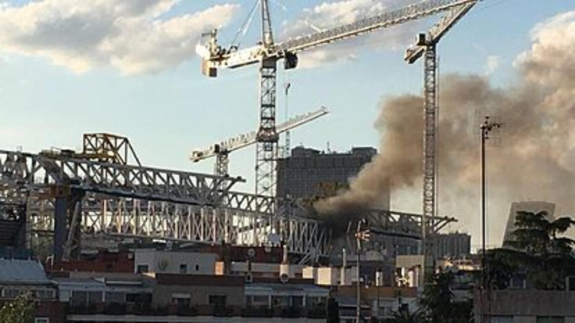 Incendiu puternic în capitala Spaniei - Stadionul pe care joacă Real Madrid, în flăcări Foto: Twitter.com