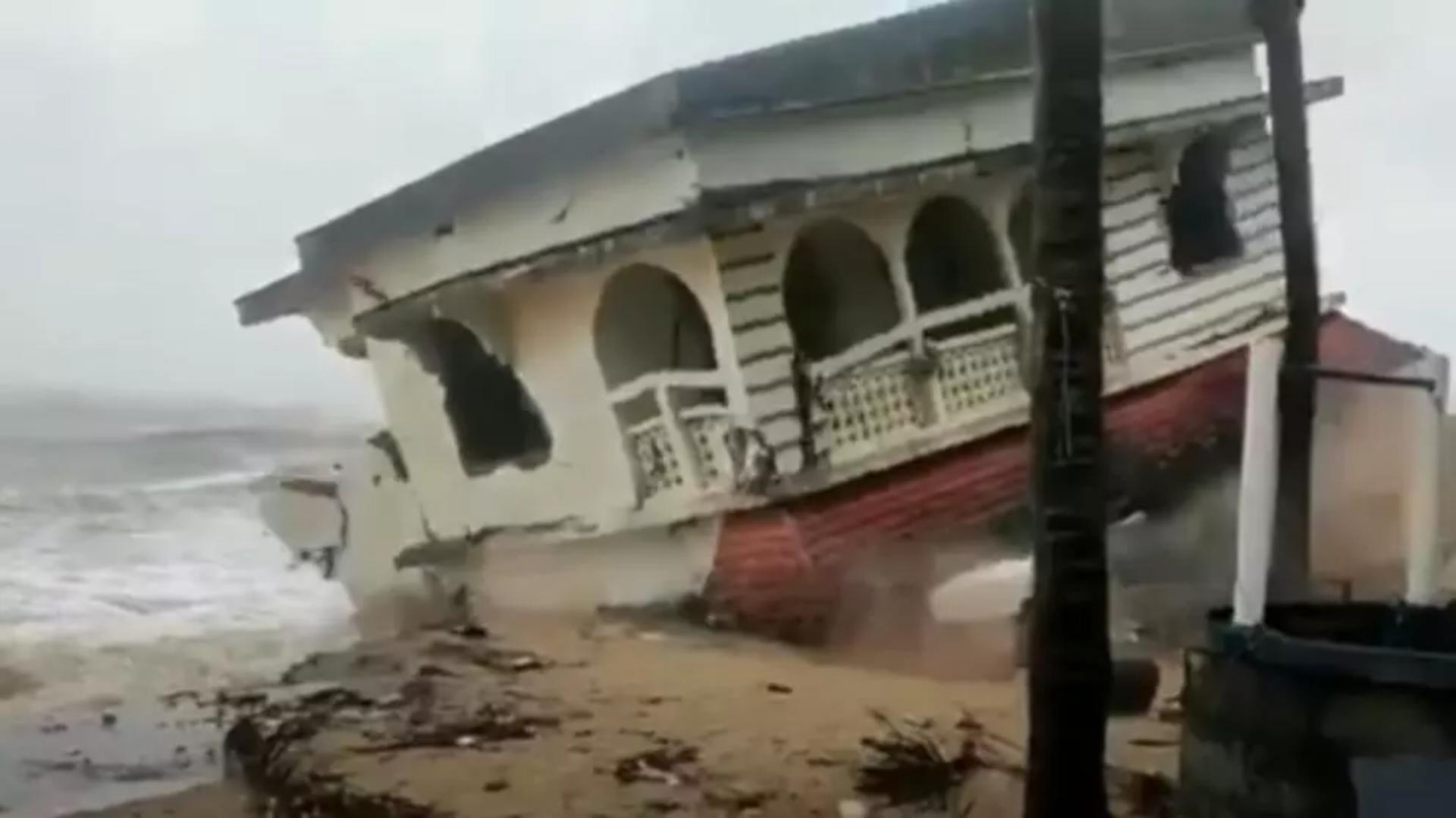 India, lovită de ciclonul Tauktae. Foto: captură YouTube