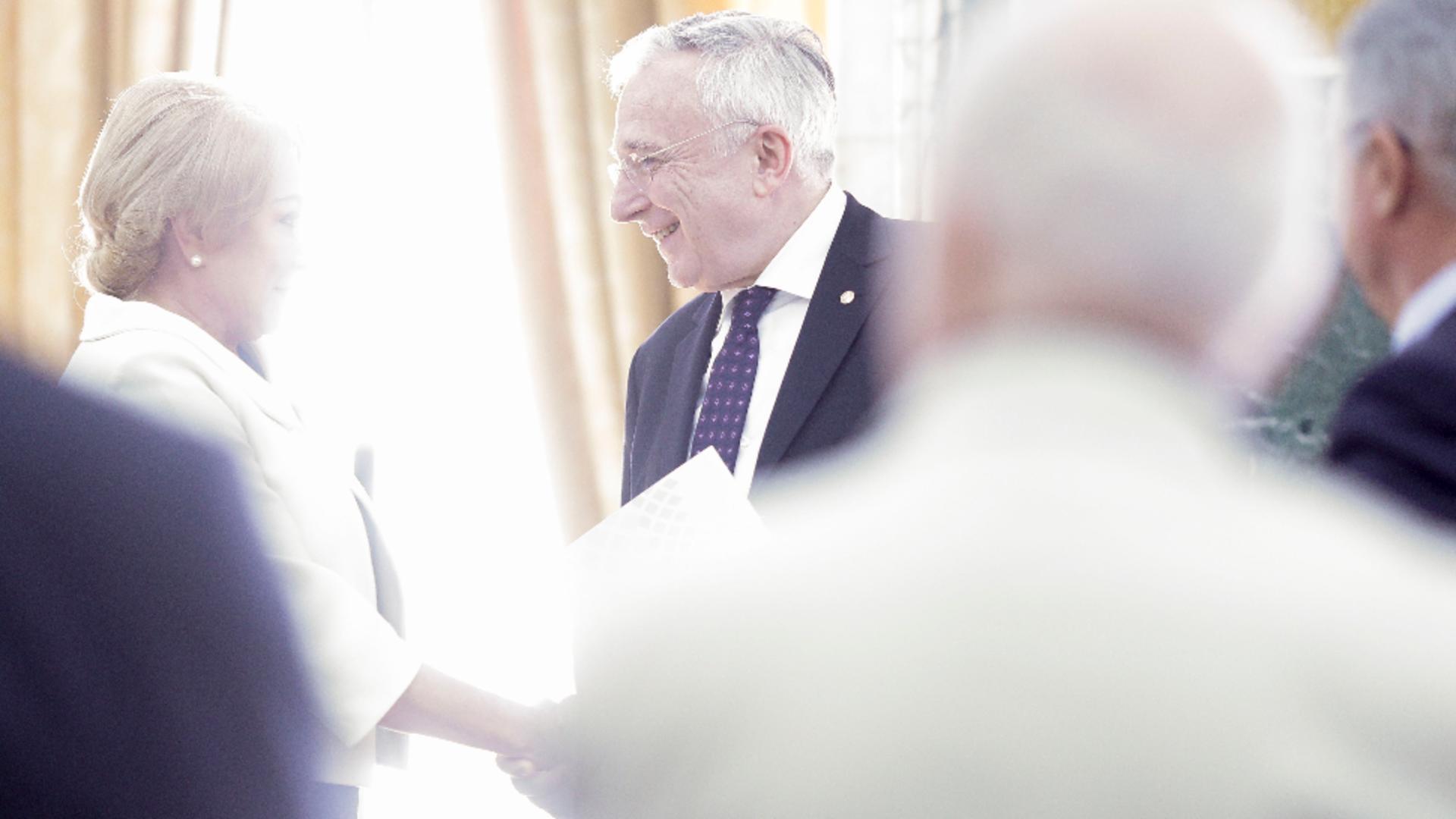 MUTARE neașteptată a lui Mugur Isărescu! Viorica Dăncilă - CONSULTANT de strategie la vârful Băncii Naționale Foto: INQUAM/Octav Ganea