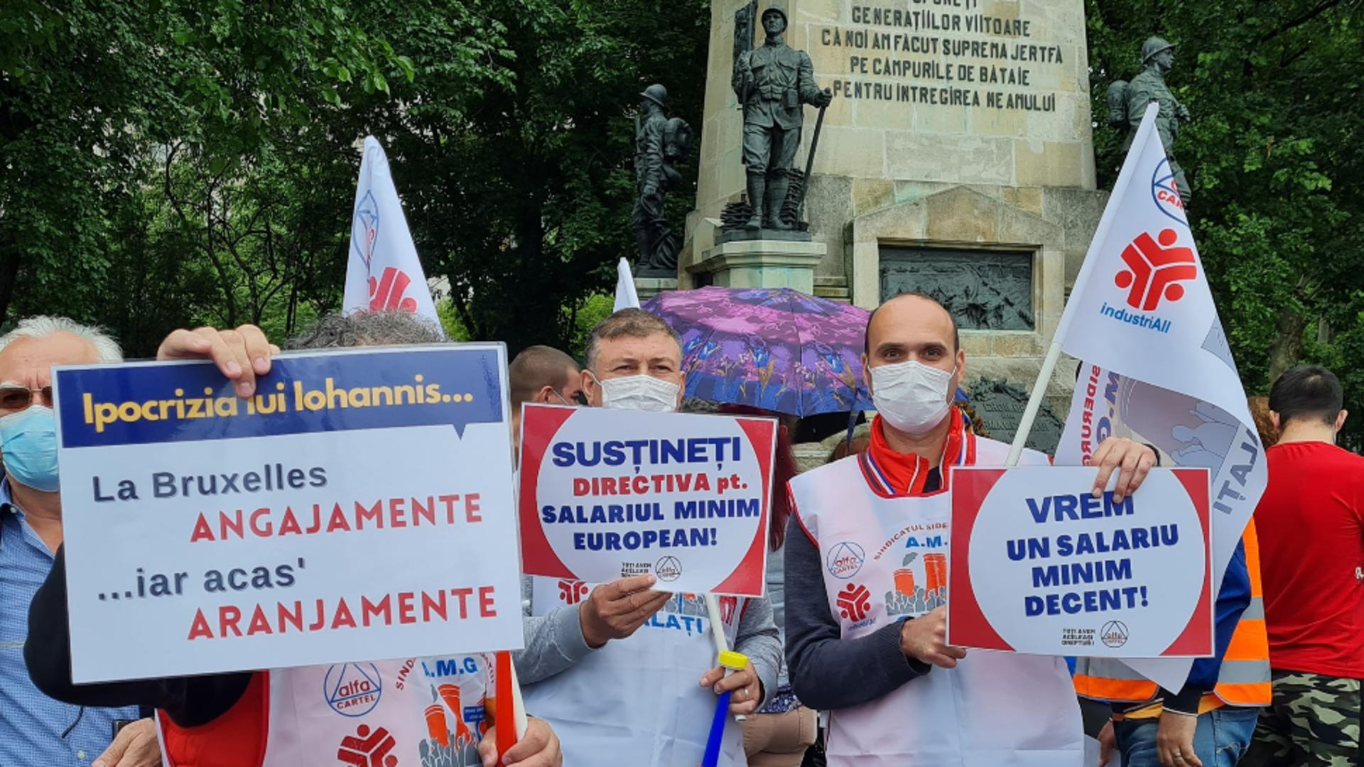 Românii sătui de sărăcie protestează, la această oră, la Cotroceni