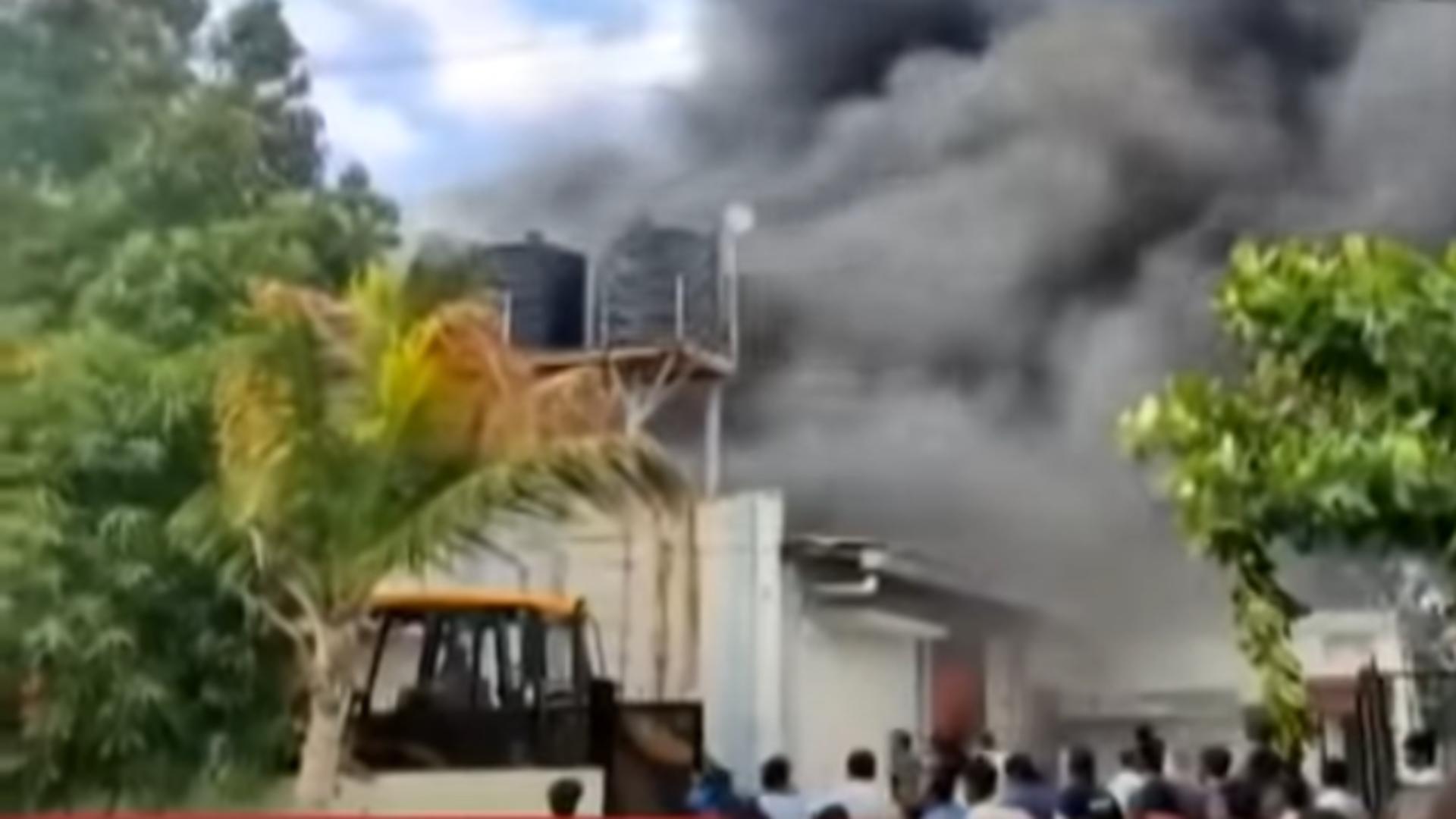 Incendiu India. Foto: captură Youtube