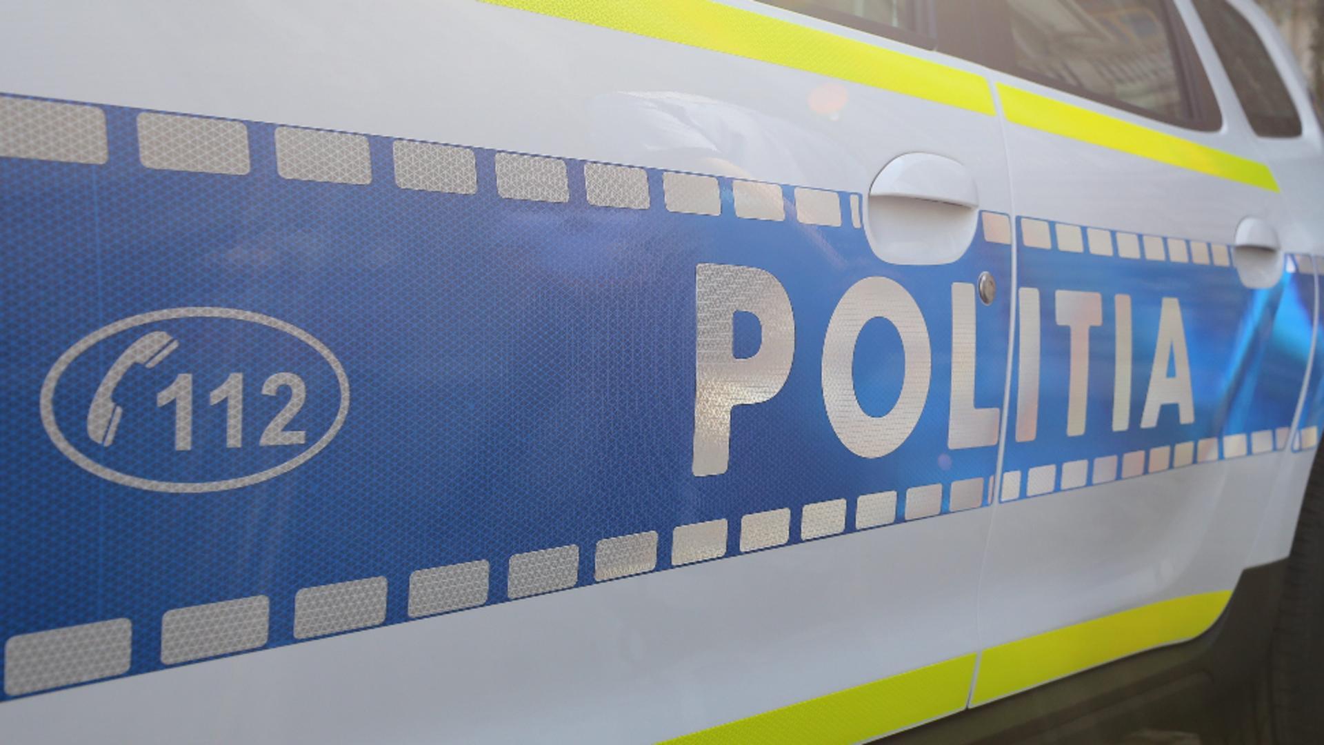 Tânărul lovit de polițist a ajuns la spital pentru îngrijiri medicale / Foto: Inquam Photos