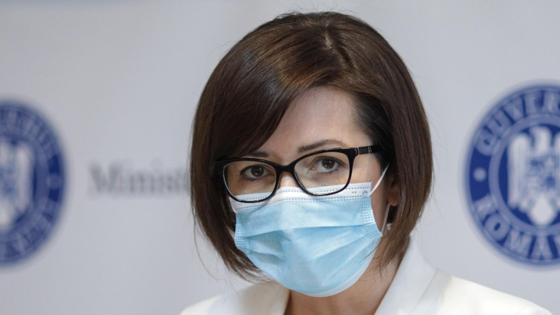 Ioana Mihăilă, despre valul 4 al pandemiei: Am putea avea 4.000 de cazuri pe zi, cu o rată de vaccinare de 80%. Ce spune despre a treia doză