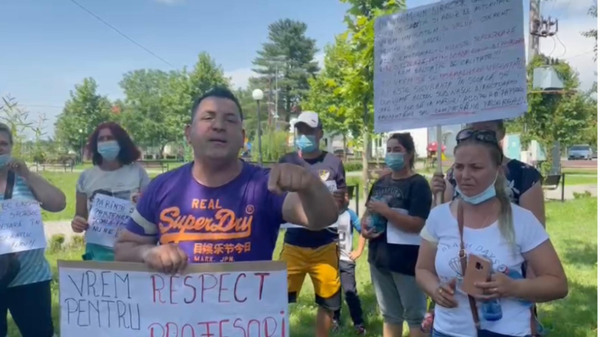 Protest părinți școală Ciolpani