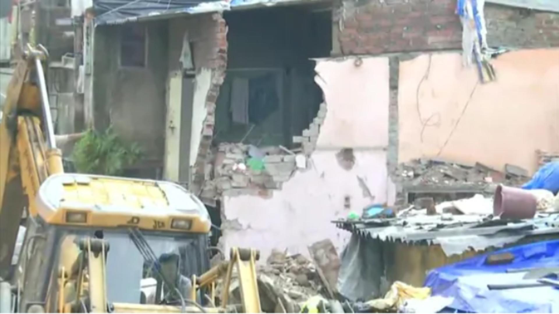 Clădire prăbușită în India / Captură foto