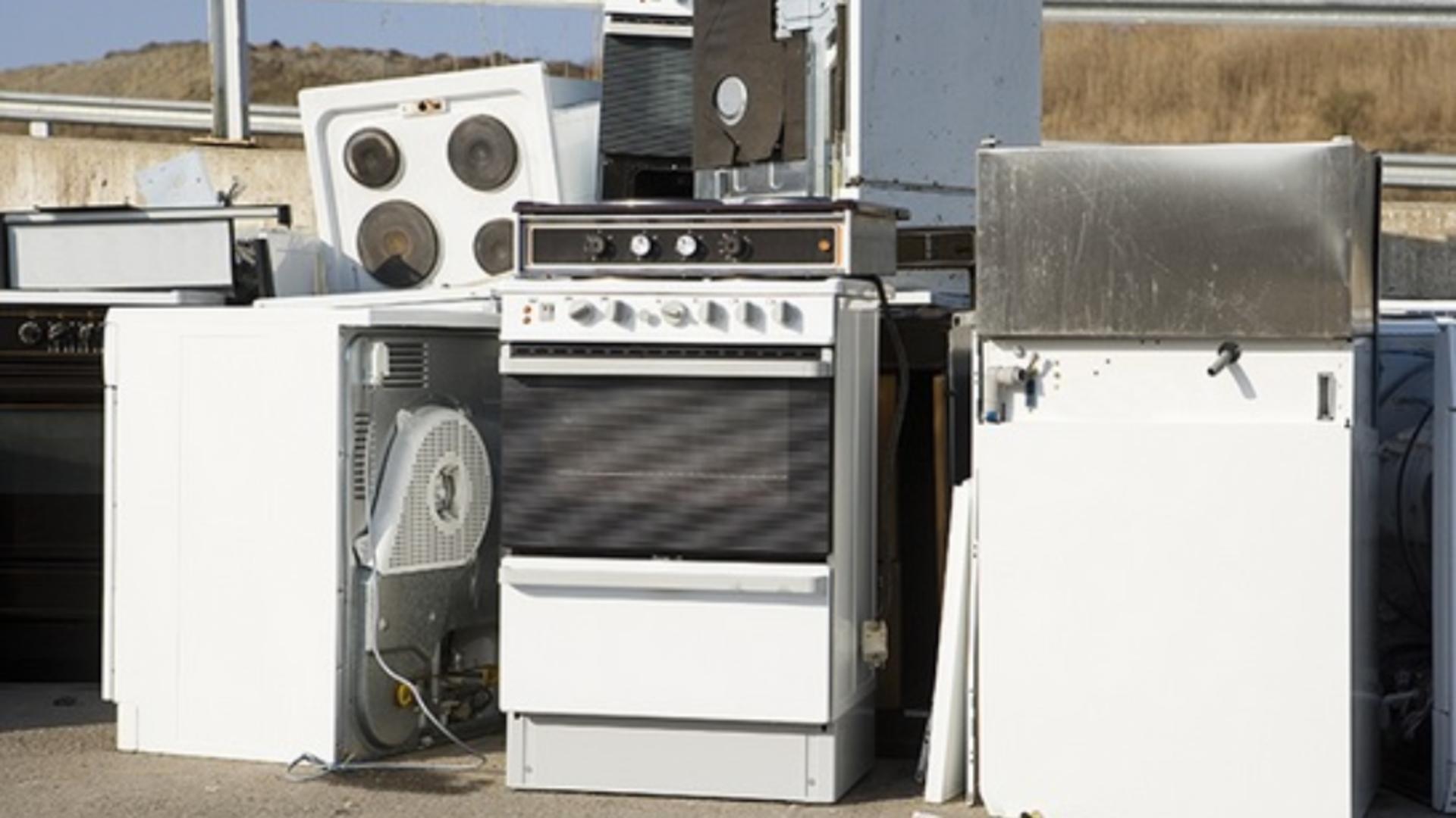 Electrocasnicele vechi schimbate cu unele noi prin Programul Rabla pentru electrocasnice