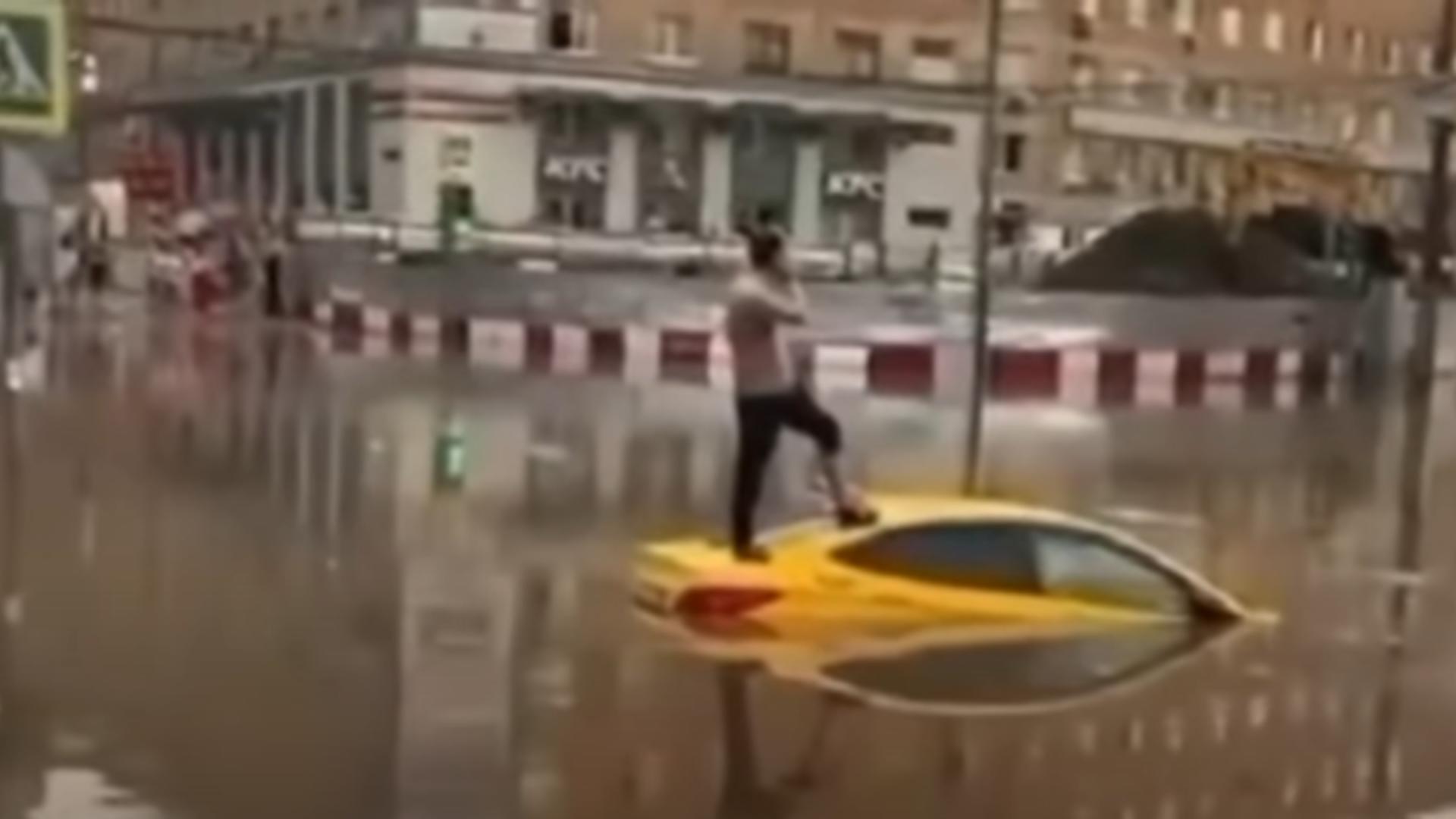 Furtună violentă în Moscova. Foto: captură YouTube