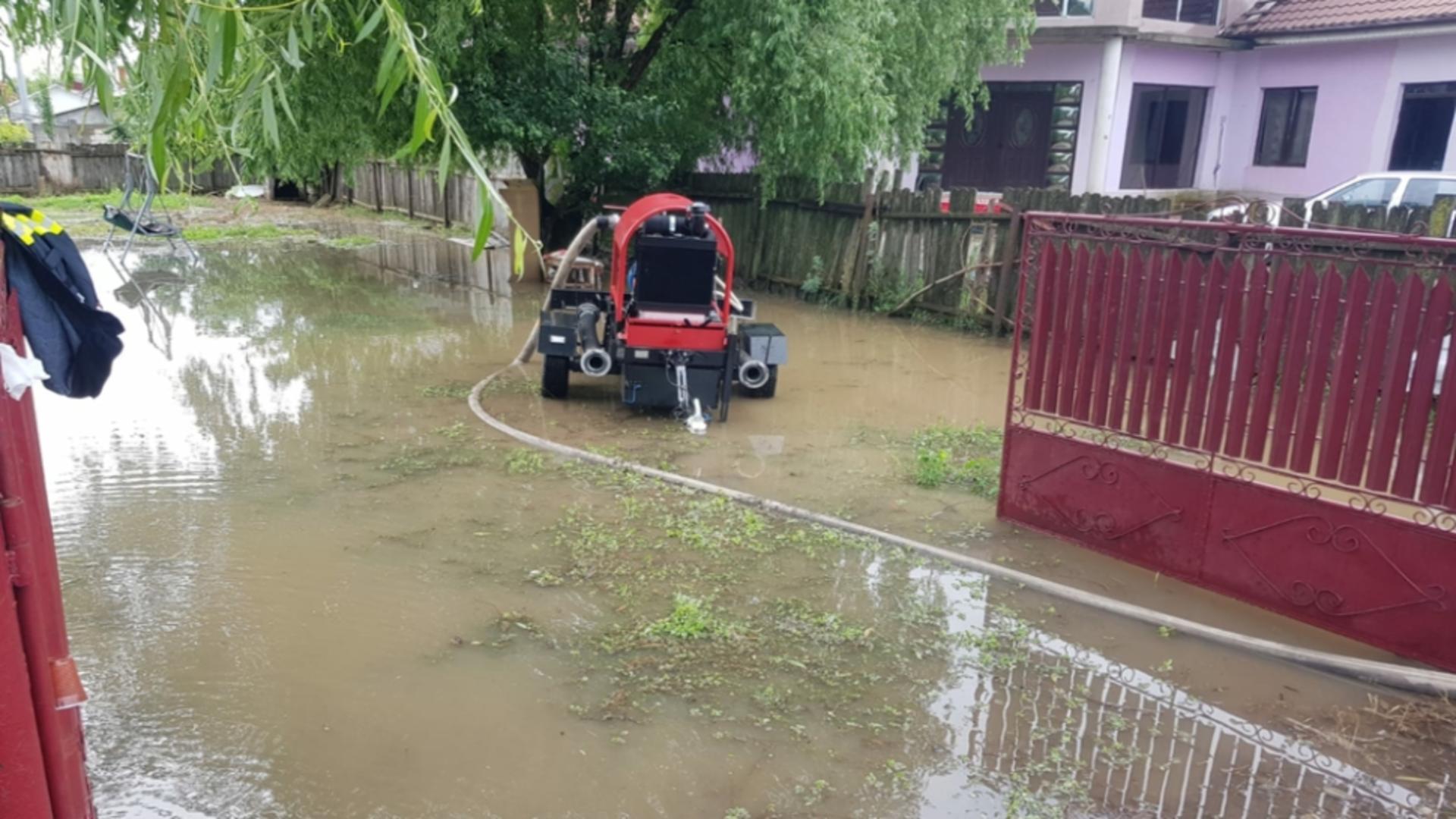 Cod galben de inundații pe râurile din Bacău,Harghita și Covasna. Foto arhivă