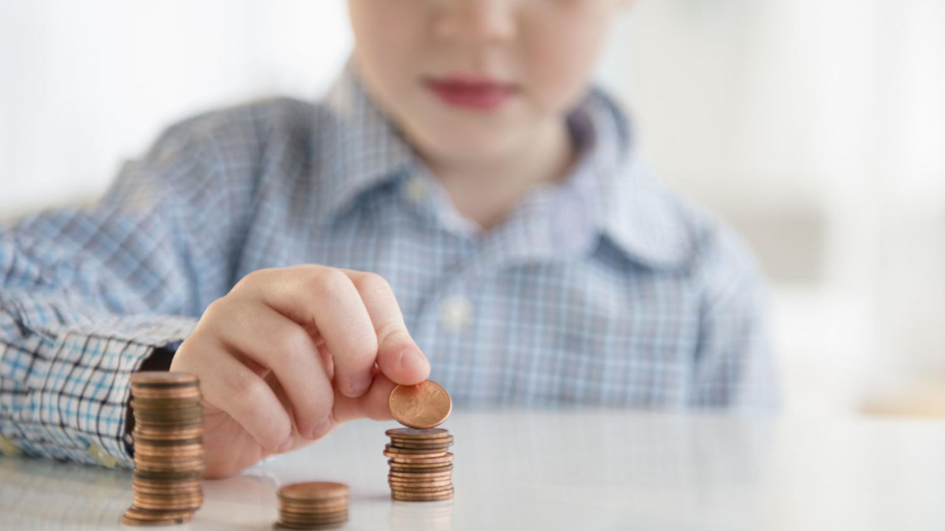 Deputații din Comisia de muncă au decis, marți, că alocațiile de stat pentru copii nu vor crește în acest an de la 1 iulie