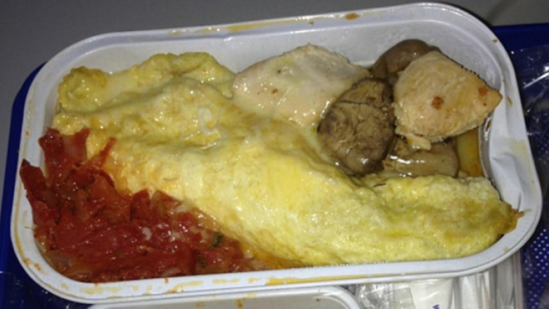 Mâncarea din avion are multe secrete neplăcute