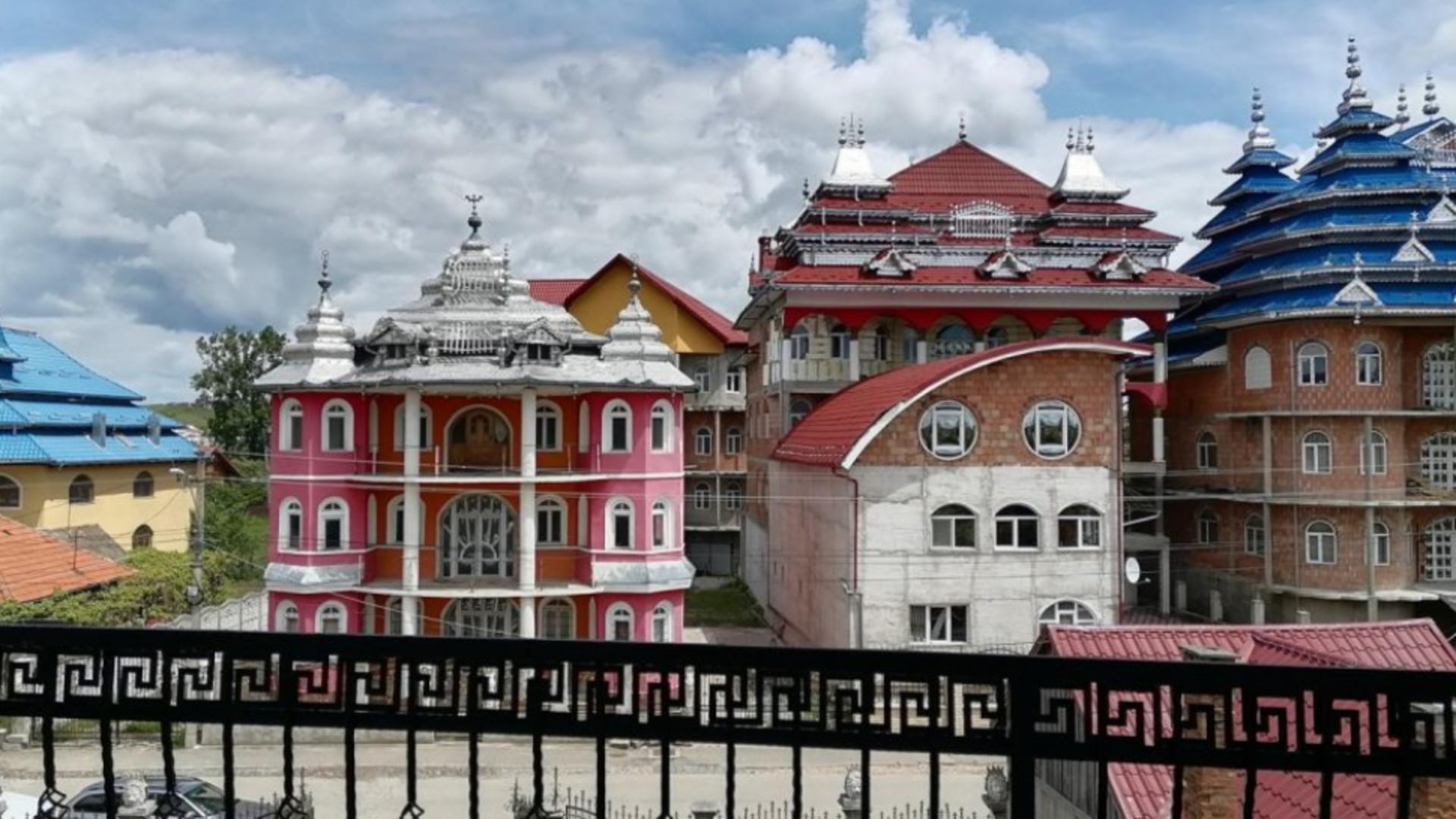 Palat din comunitatea romă Huedin (foto FB/Adrian Dohotaru)