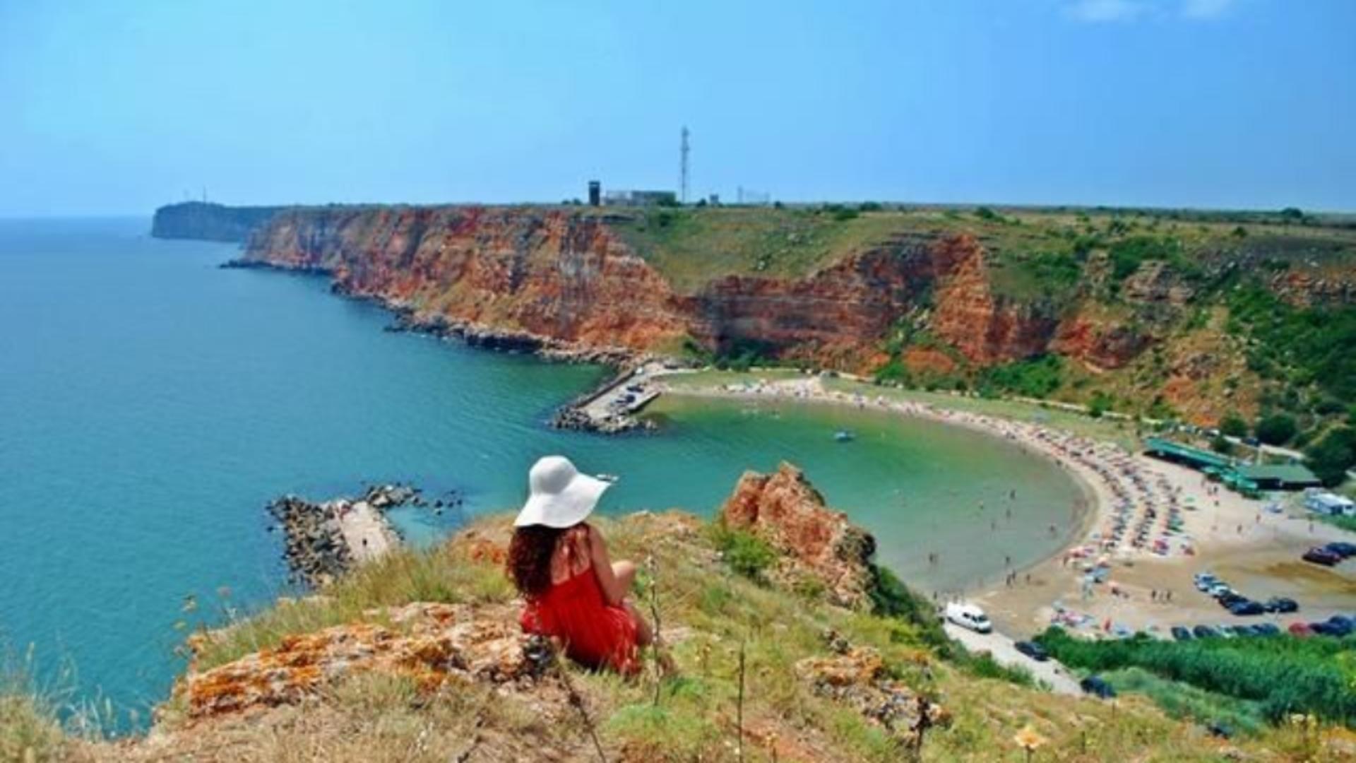 S-a dat startul distracției în Bulgaria - Plajele au fost larg deschise pentru turiști
