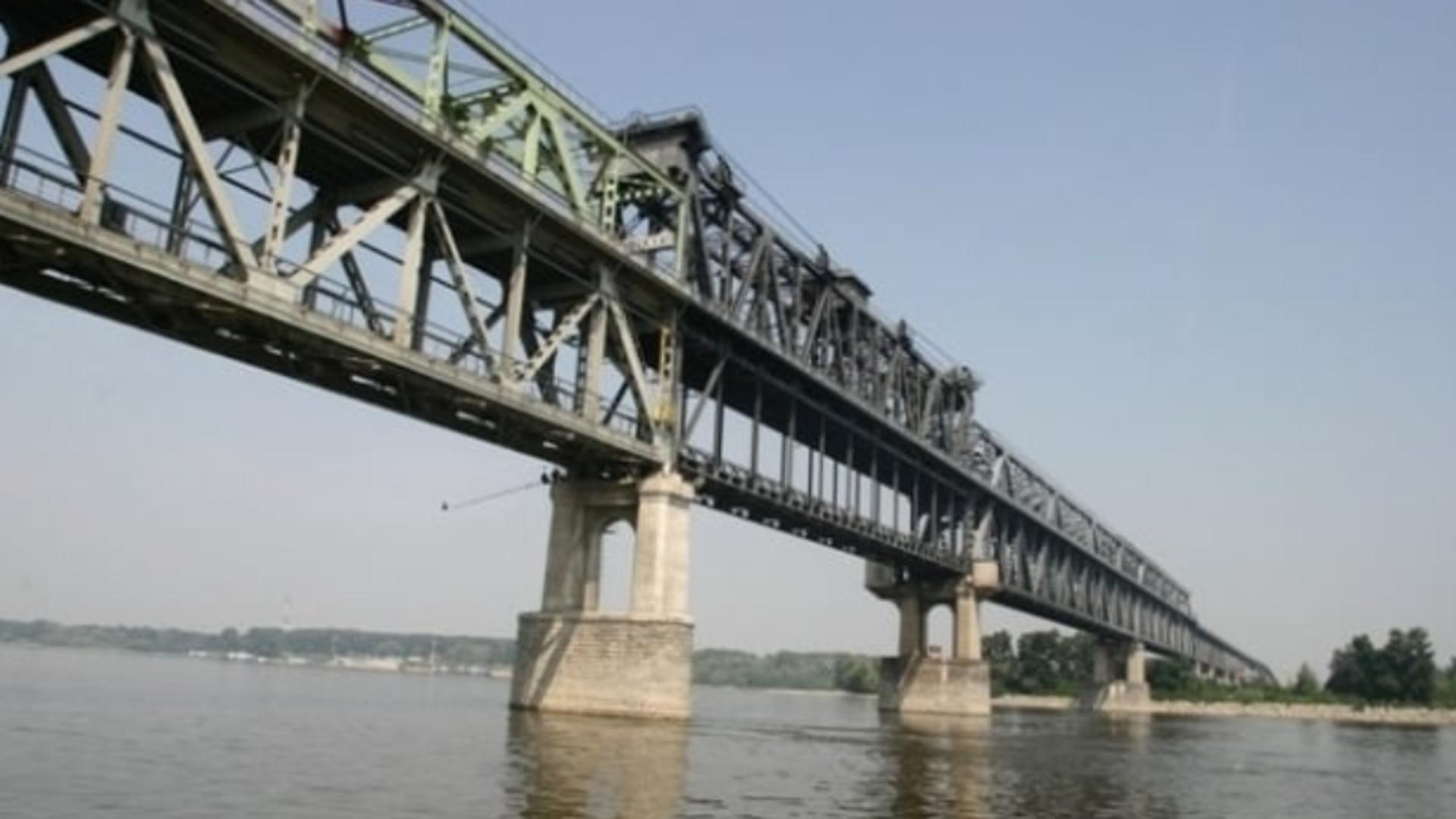 Ziua în care NU se plătește pe Podul Prieteniei - De ce nu se achită tariful de trecere duminică, 20 iunie