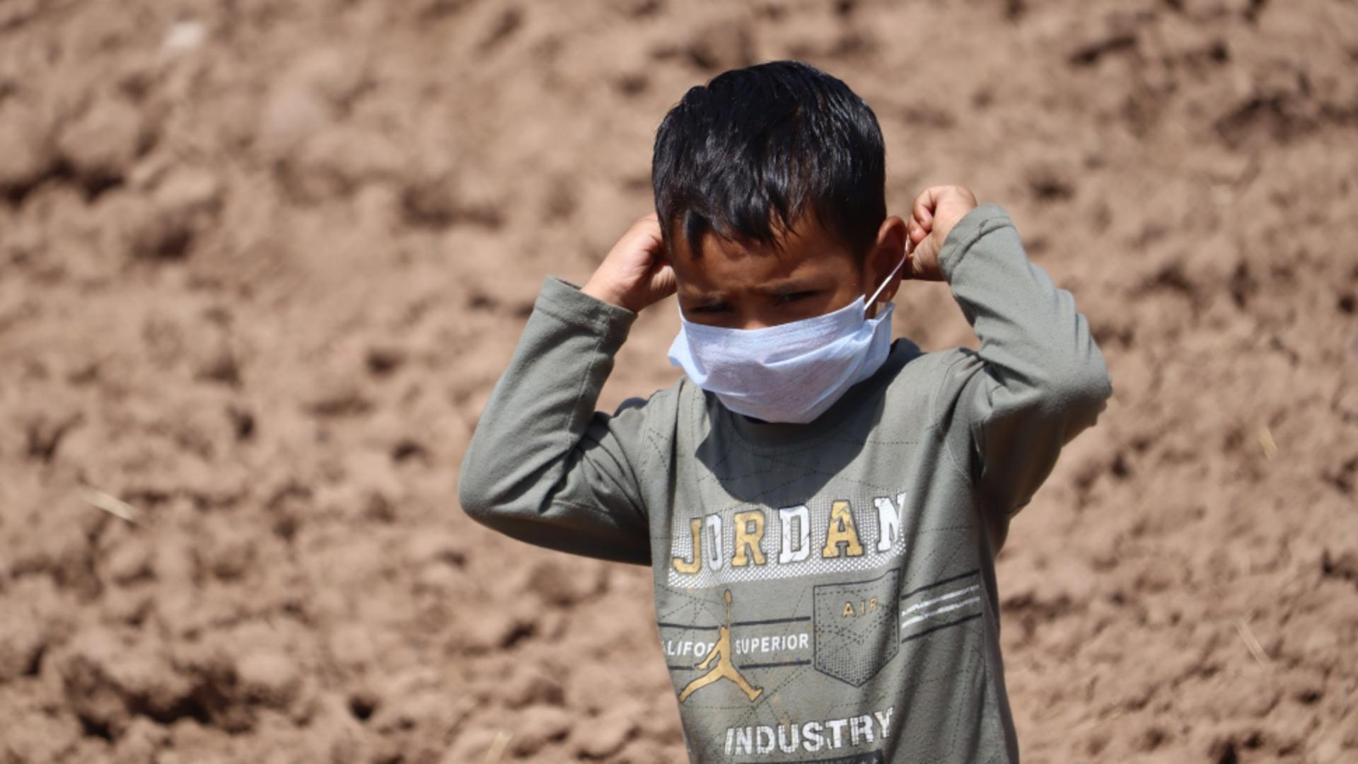 Medicii pediatri din India raportează tot mai multe cazuri ale unei afecţiuni grave / Foto: Inquam Photos