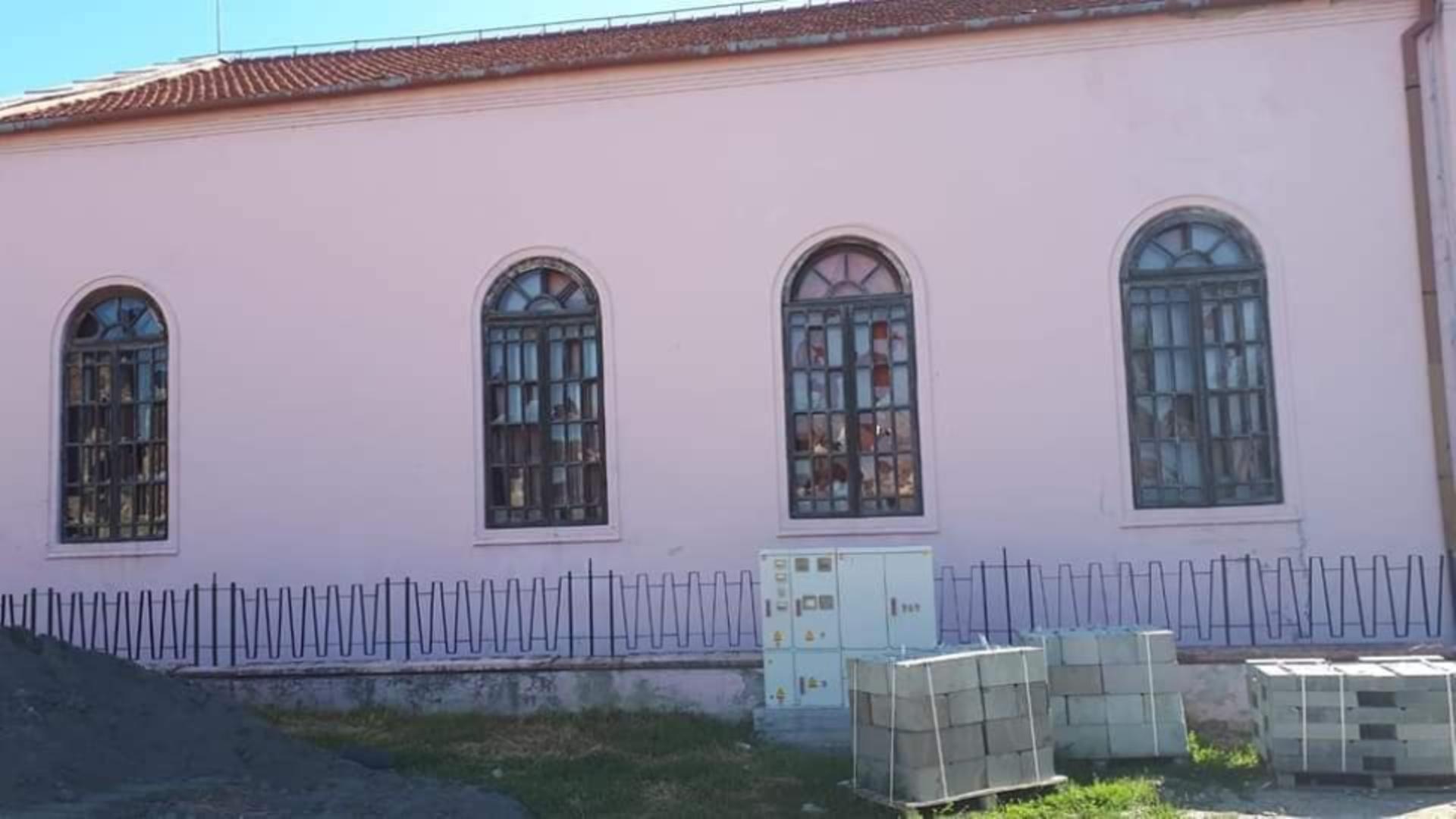 Sinagoga din Orăștie a fost vandalizată. Foto/Facebook/orastie24.ro
