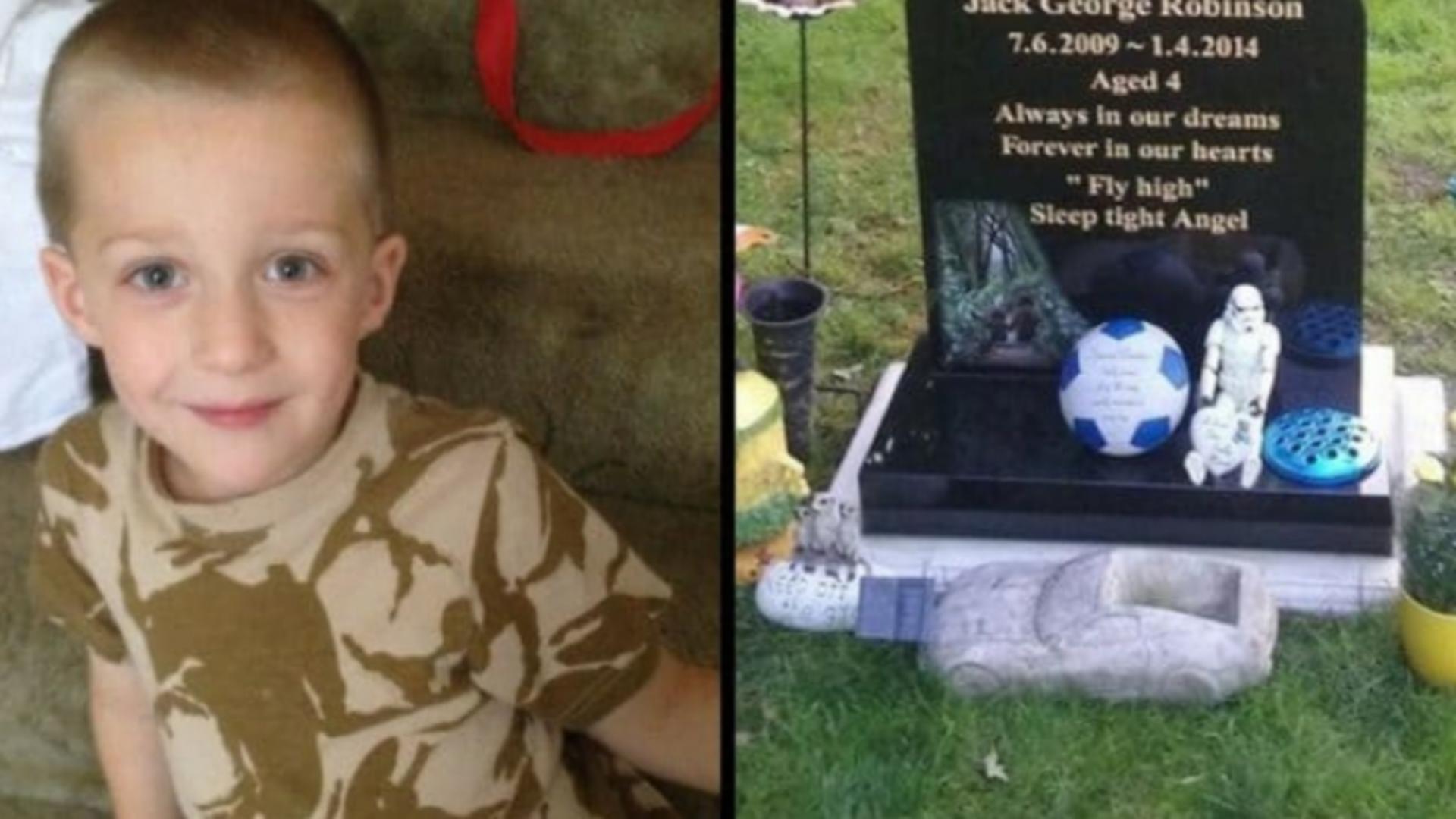O mamă care și-a pierdut fiul s-a cutremurat după ce a cerut un semn din partea copilului ei mort