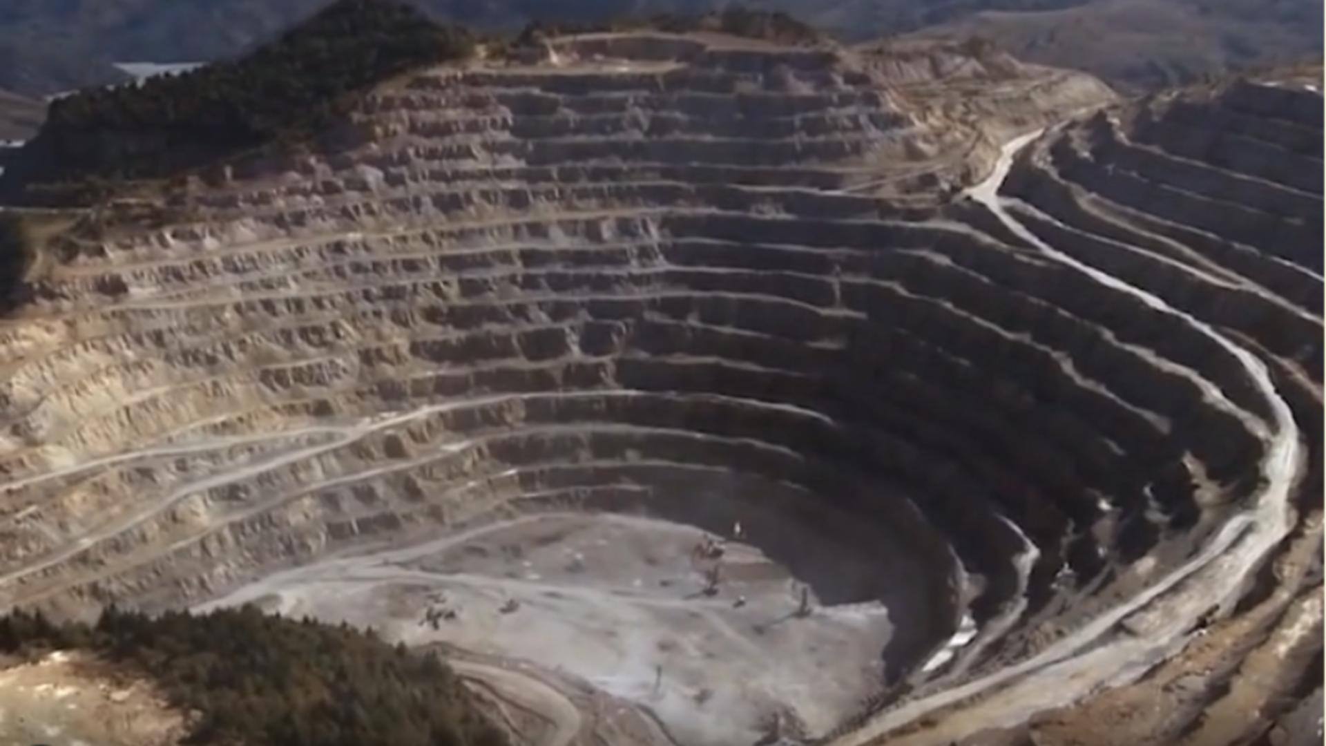 Exploatare minieră Roșia Montană