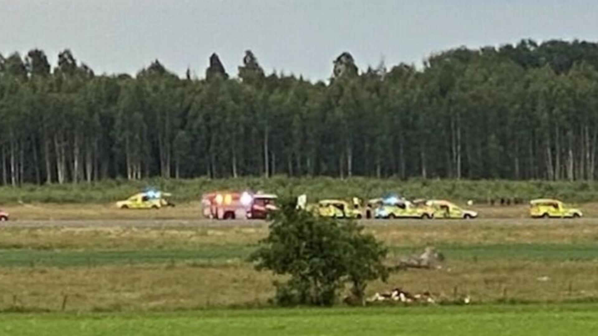 TRAGEDIE în Suedia! Mai mulți MORȚI după ce un avion s-a prăbușit după decolare - Primele IMAGINI
