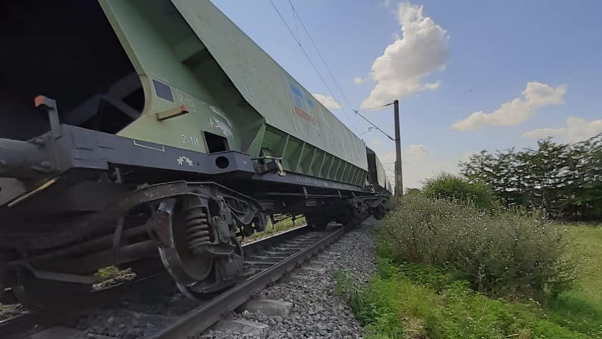 Un tren de marfă a deraiat, miercuri, în Fetești