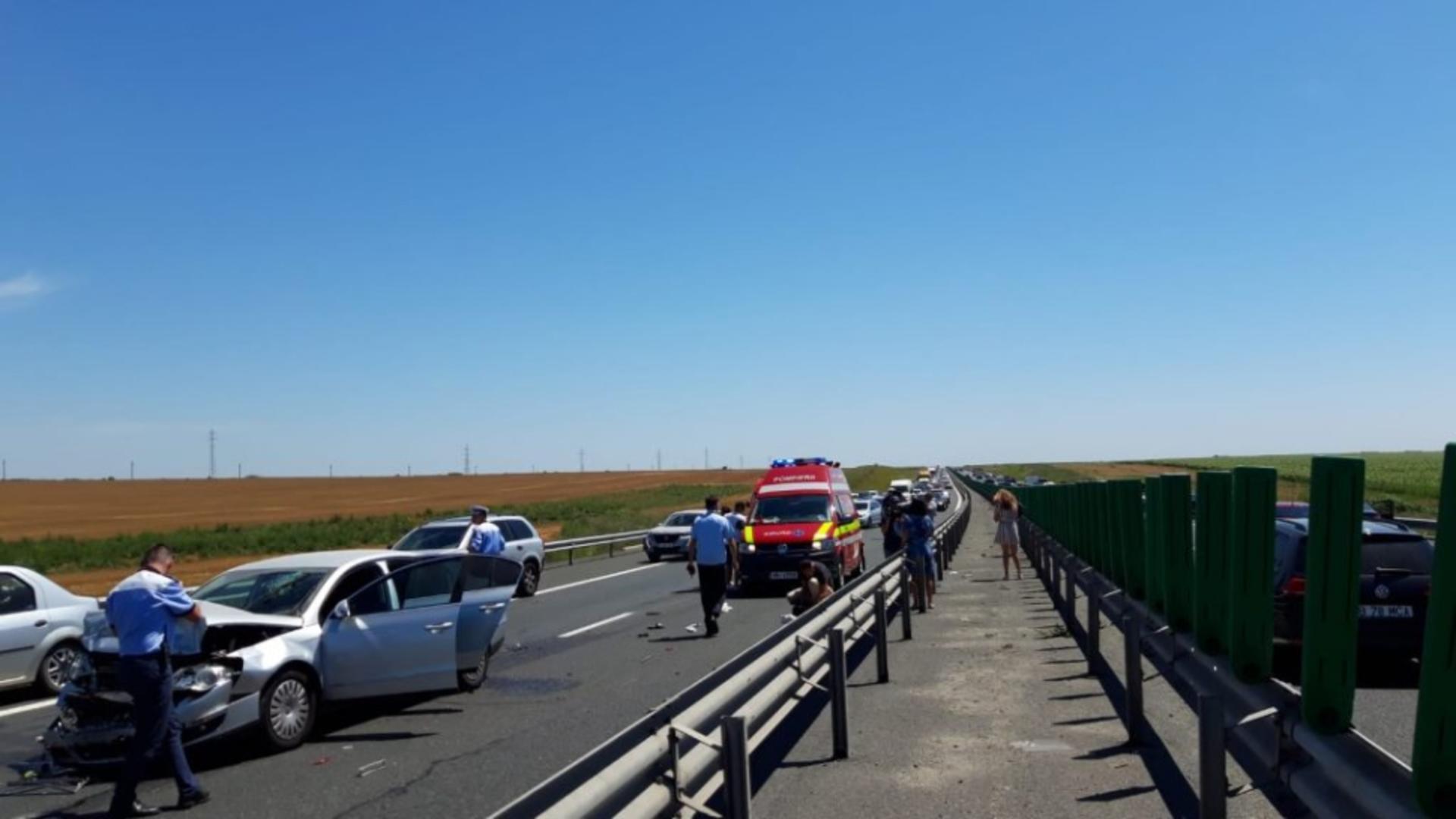 Ziua și accidentele pe Autostrada Soarelui. Foto inquam
