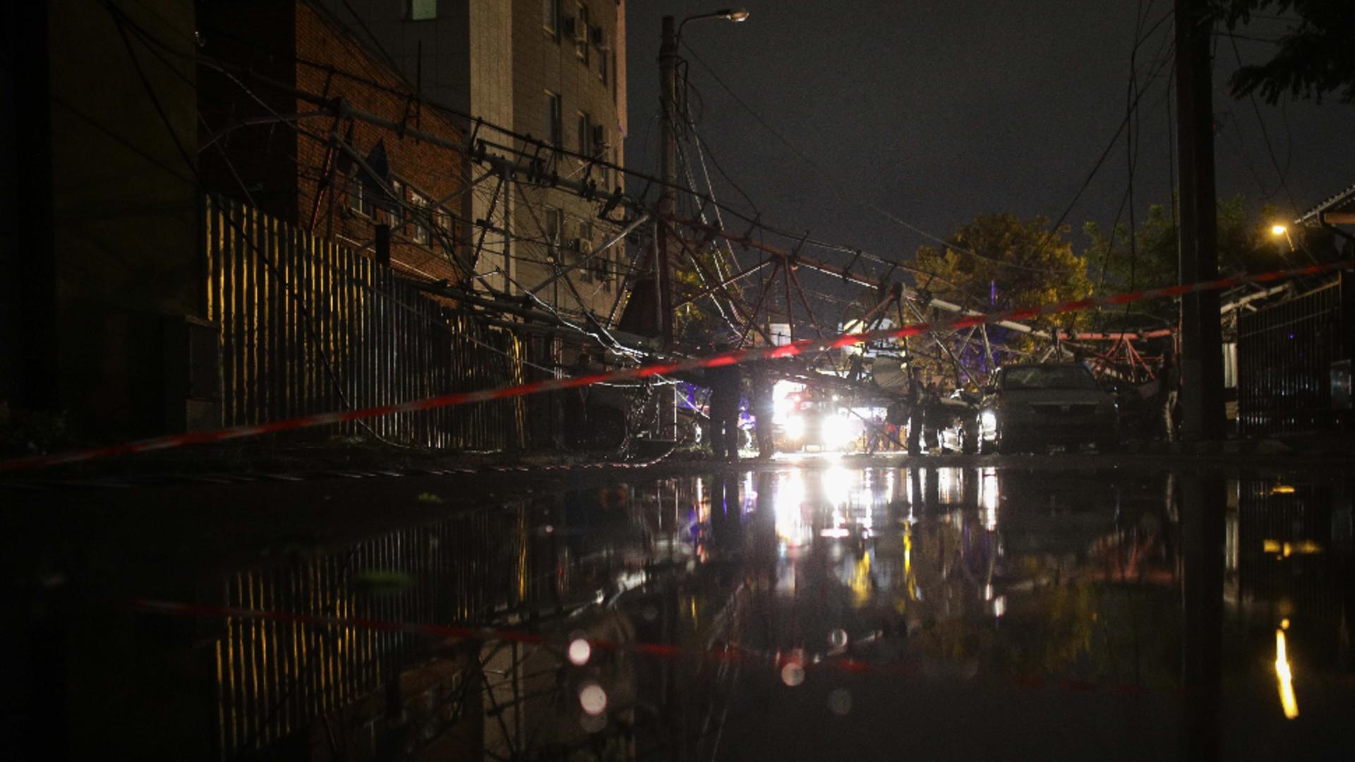 Furtună în București. Foto: Inquam / Octav Ganea