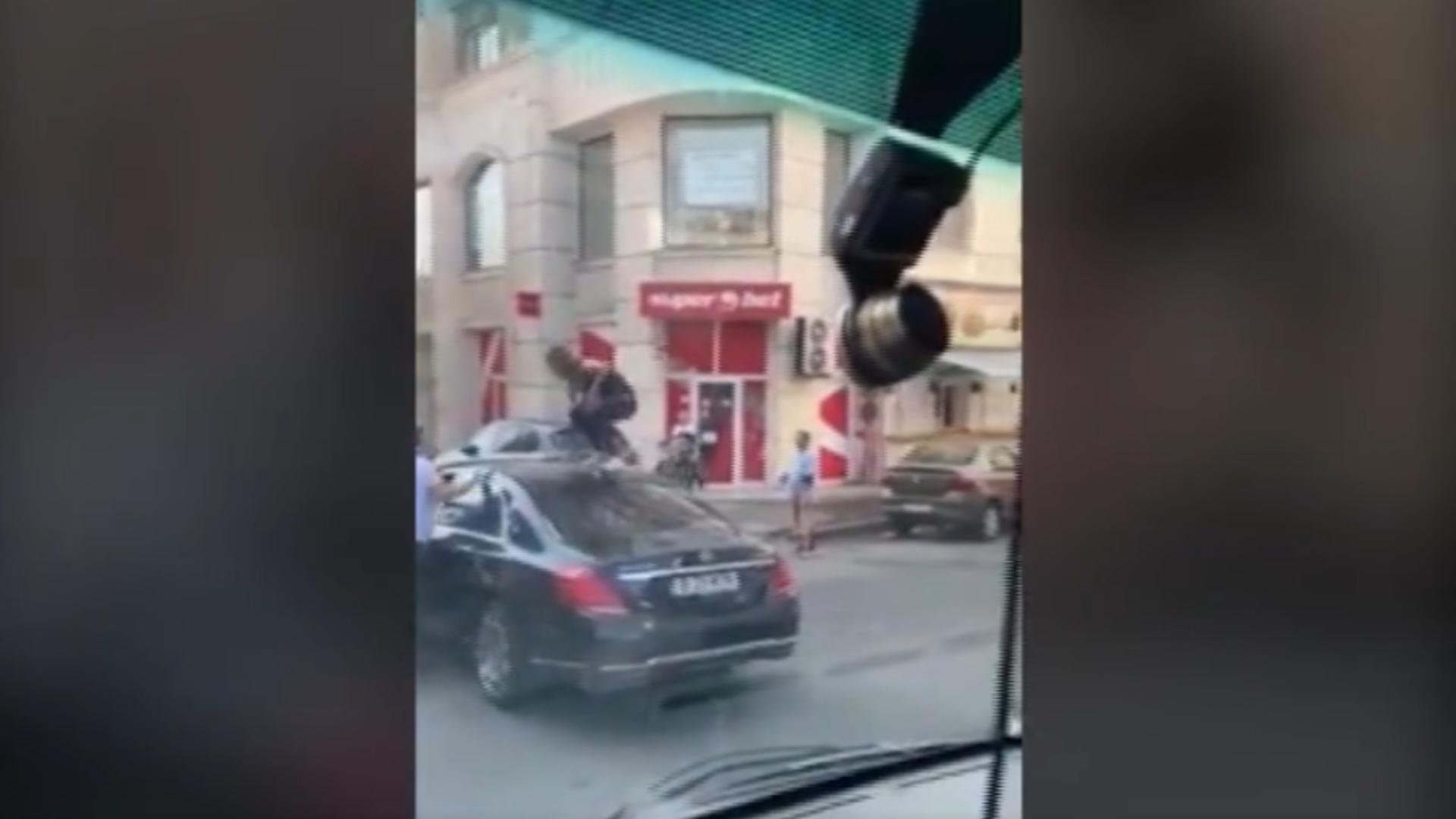Scandal stradă București / Captură foto
