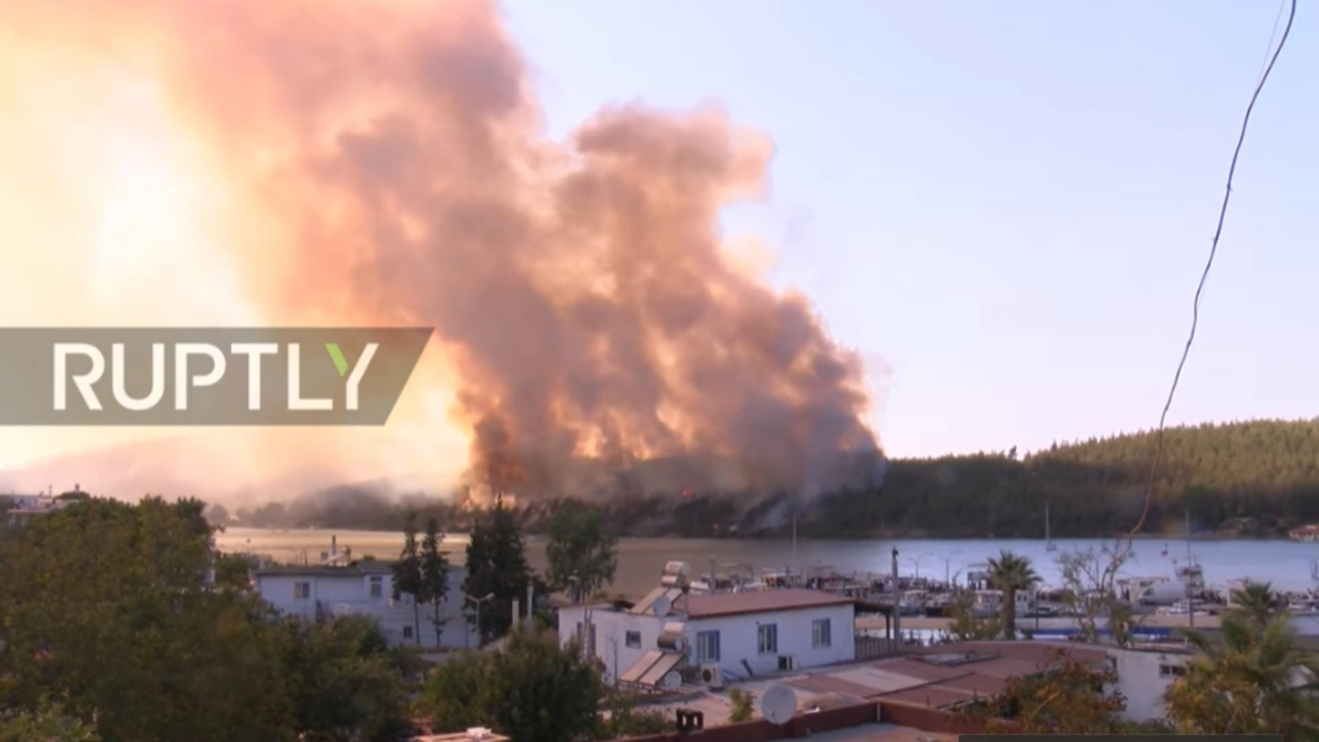 Incendiu puternic Turcia