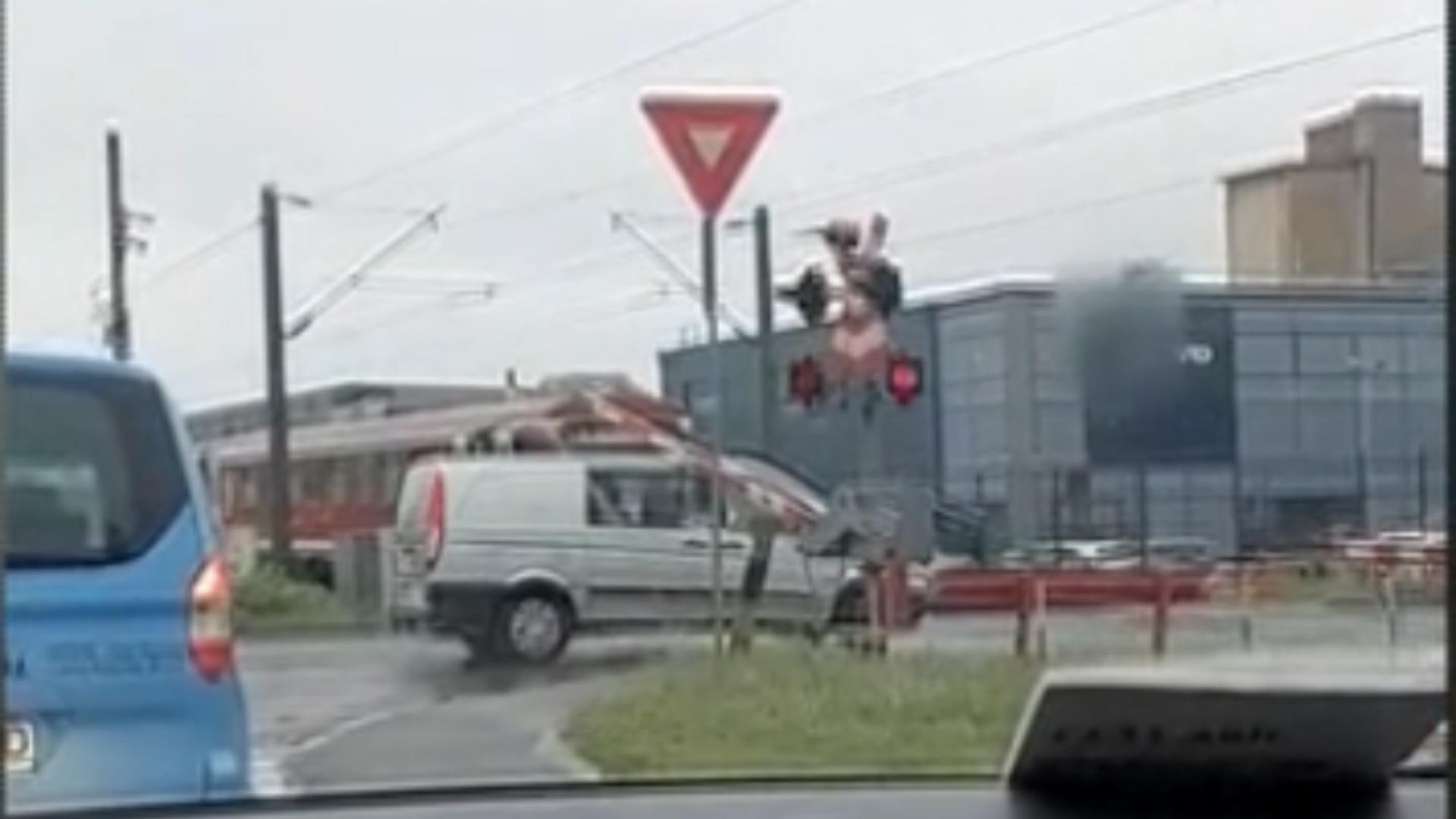 Tren blocat la Cluj / Captură foto