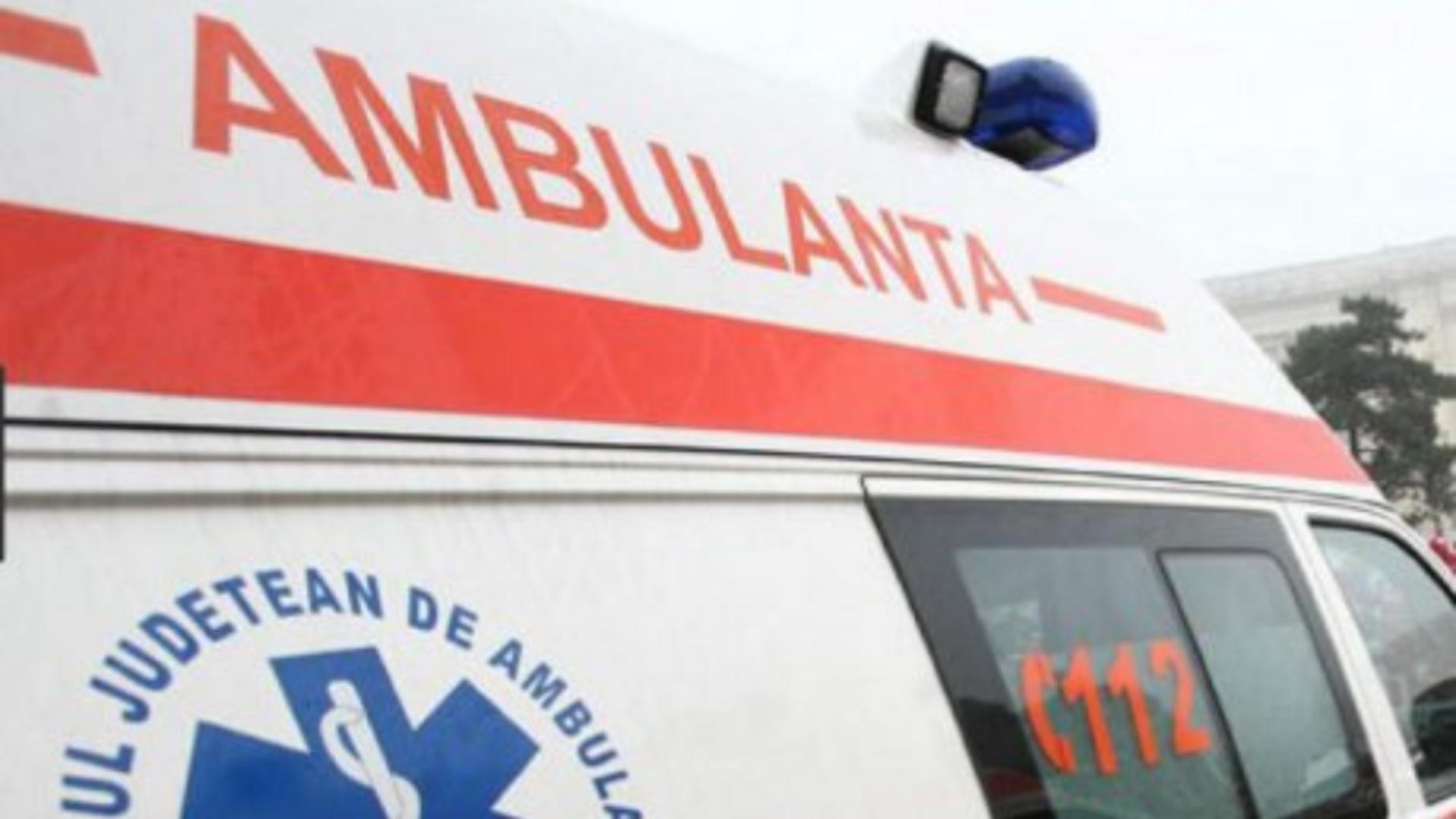 O femeie a folosit în repetate rânduri Ambulanţa pe post de taxi