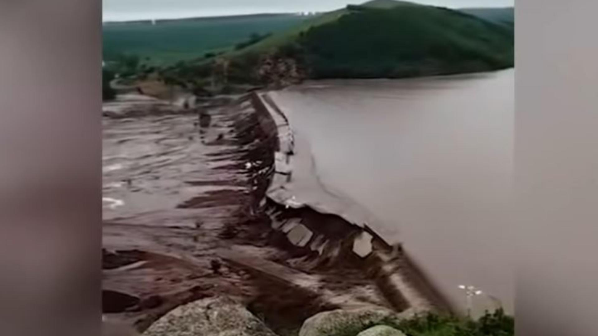 Două baraje s-au prăbușit în China. Foto/Captură video