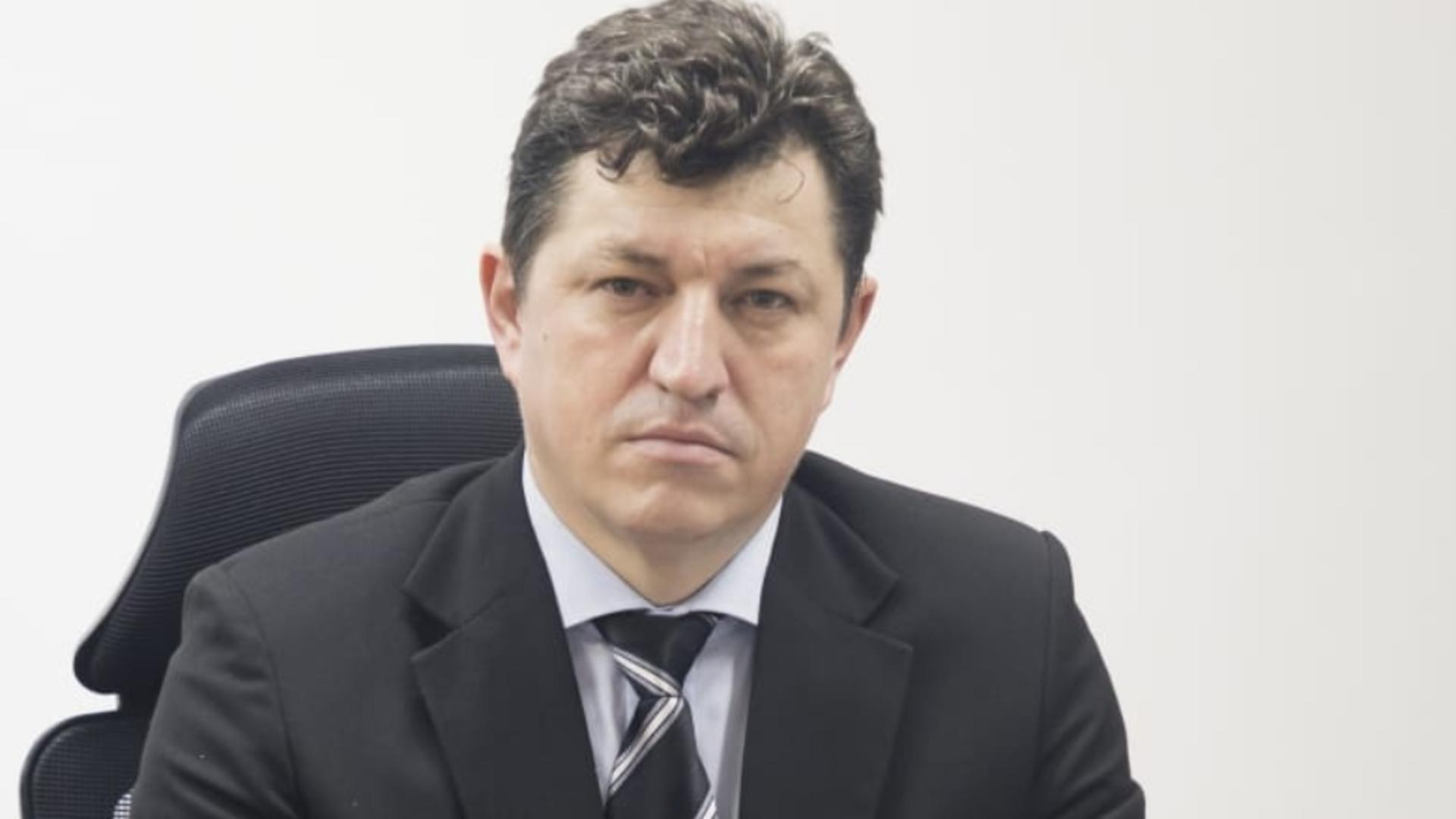 Cosmin Tabără, ales președintele PNL Timișoara, după tensiuni între liberali, aplanate de Poliție