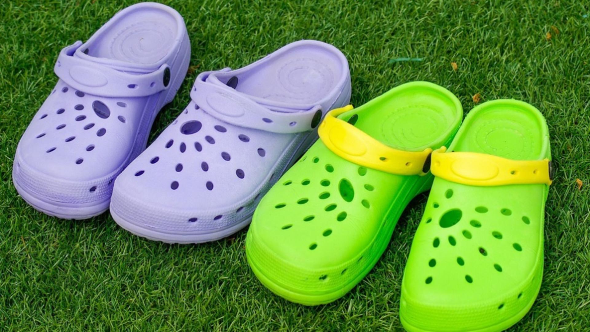 Sandalele de plastic pot fi periculoase pentru sănătate