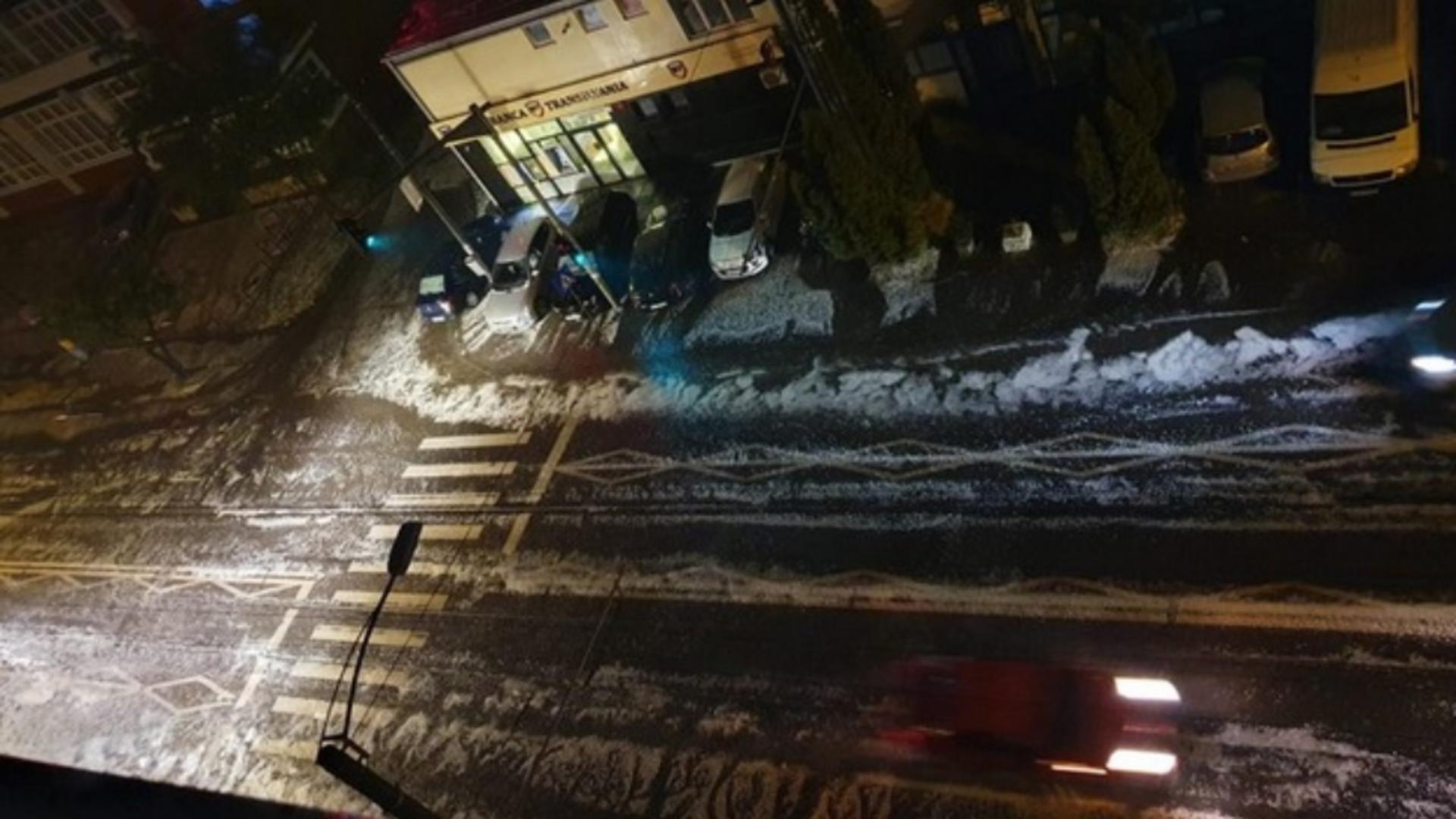Furtună cu gheață, în Cluj Napoca