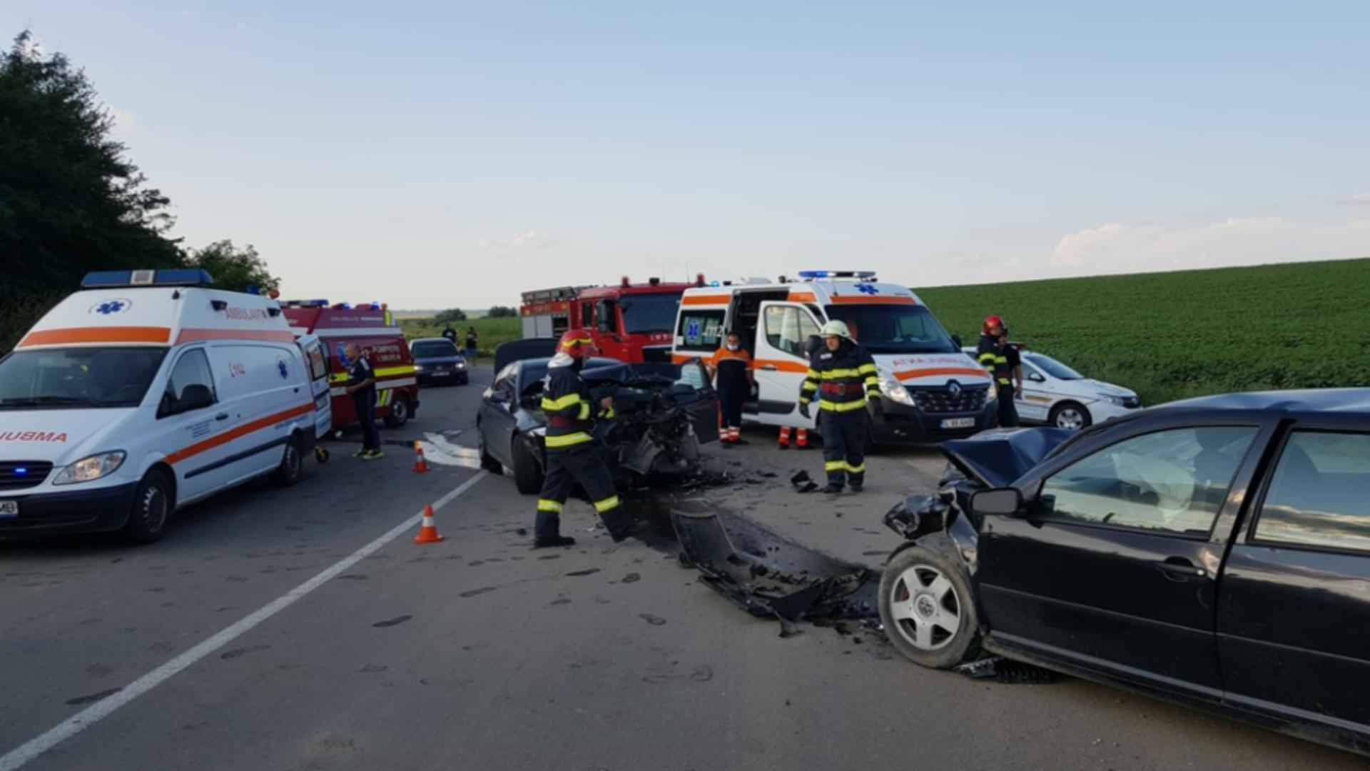 În urma accidentului, circulația a fost blocată
