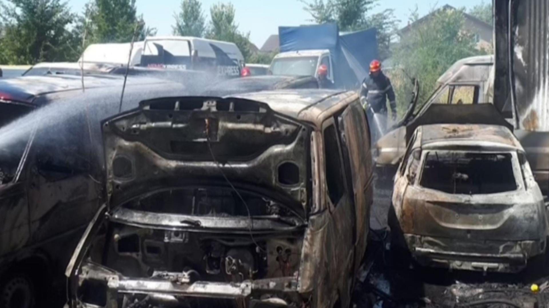O firmă de curierat a luat foc