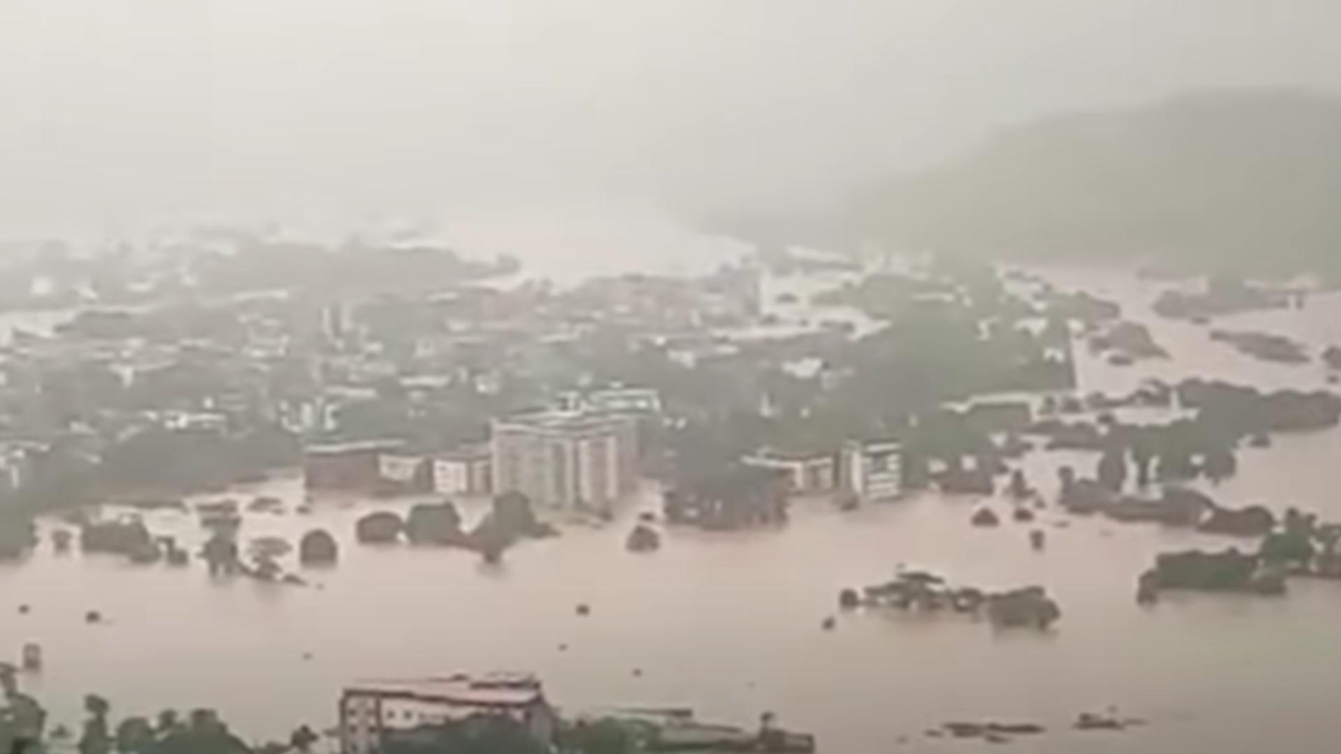 Inundații masive în India