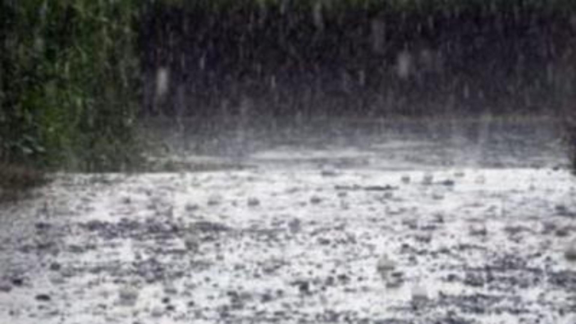 Cod ROȘU de ploi torențiale