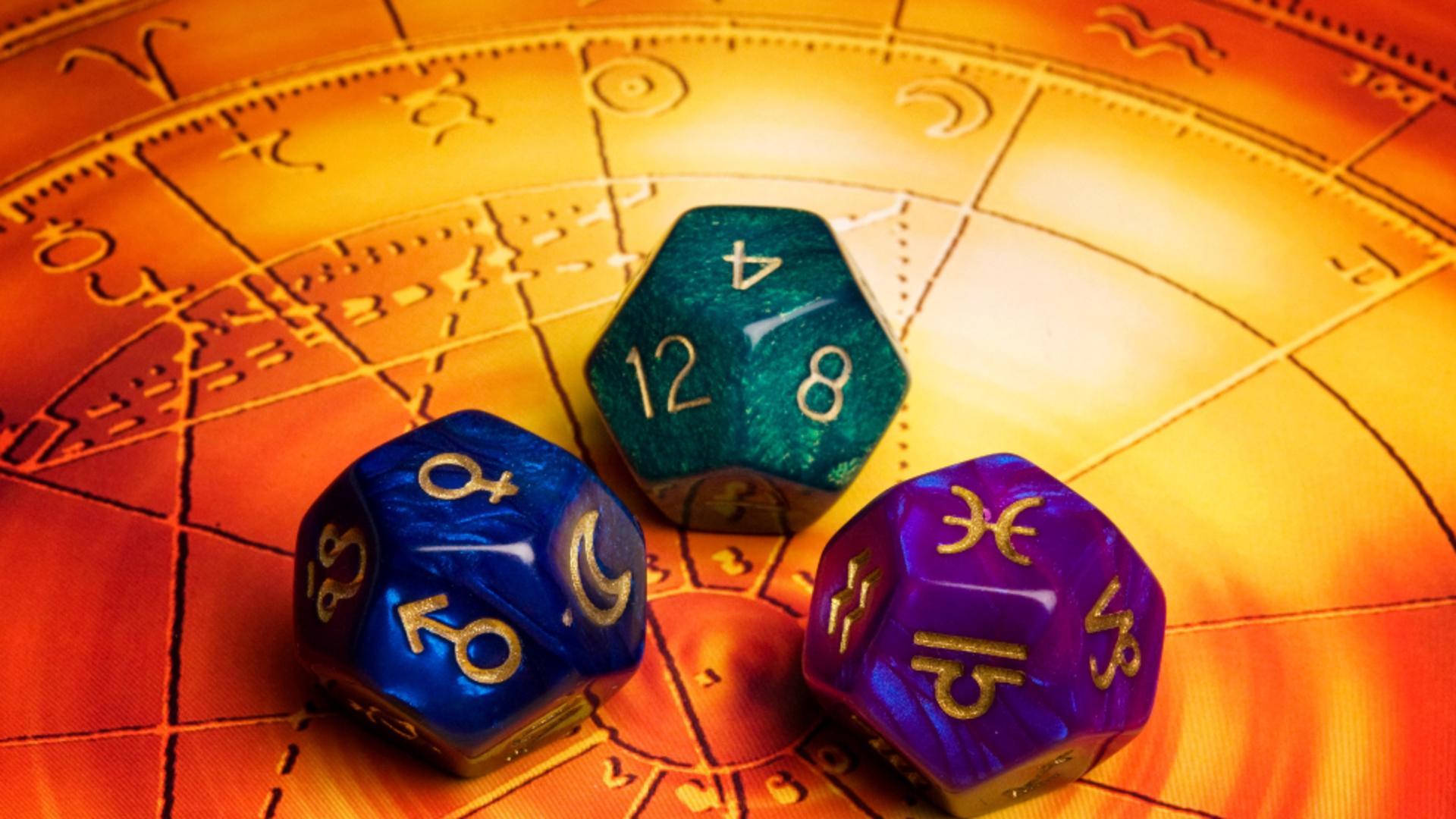 Horoscop 13 septembrie. O zodie este în culmea fericirii - are parte de atenție și totul merge strună