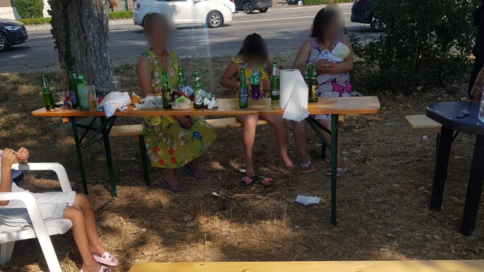 Grătar pe spațiul verde, în Mamaia - Foto: Primăria Constanța