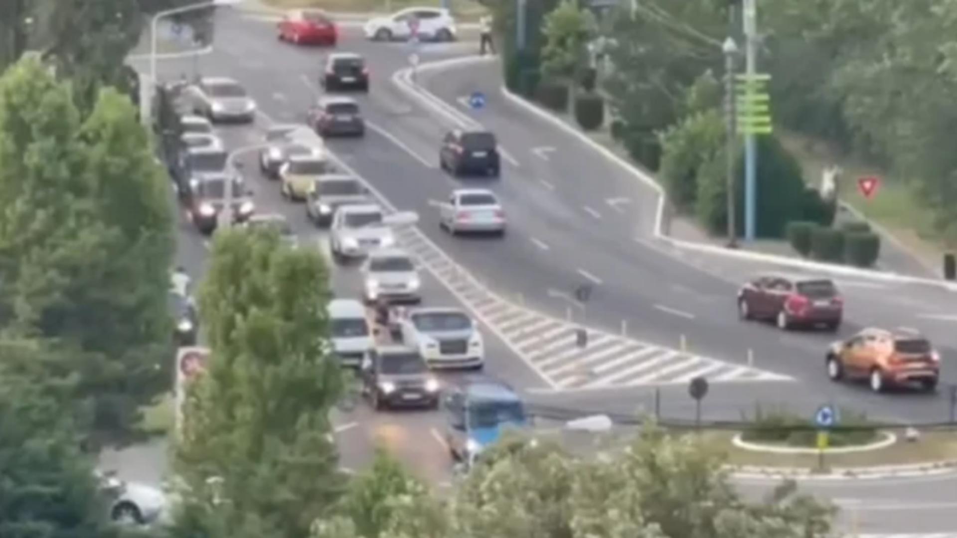 Rolls-Royce rămas fără benzină într-o intersecție din Mamaia
