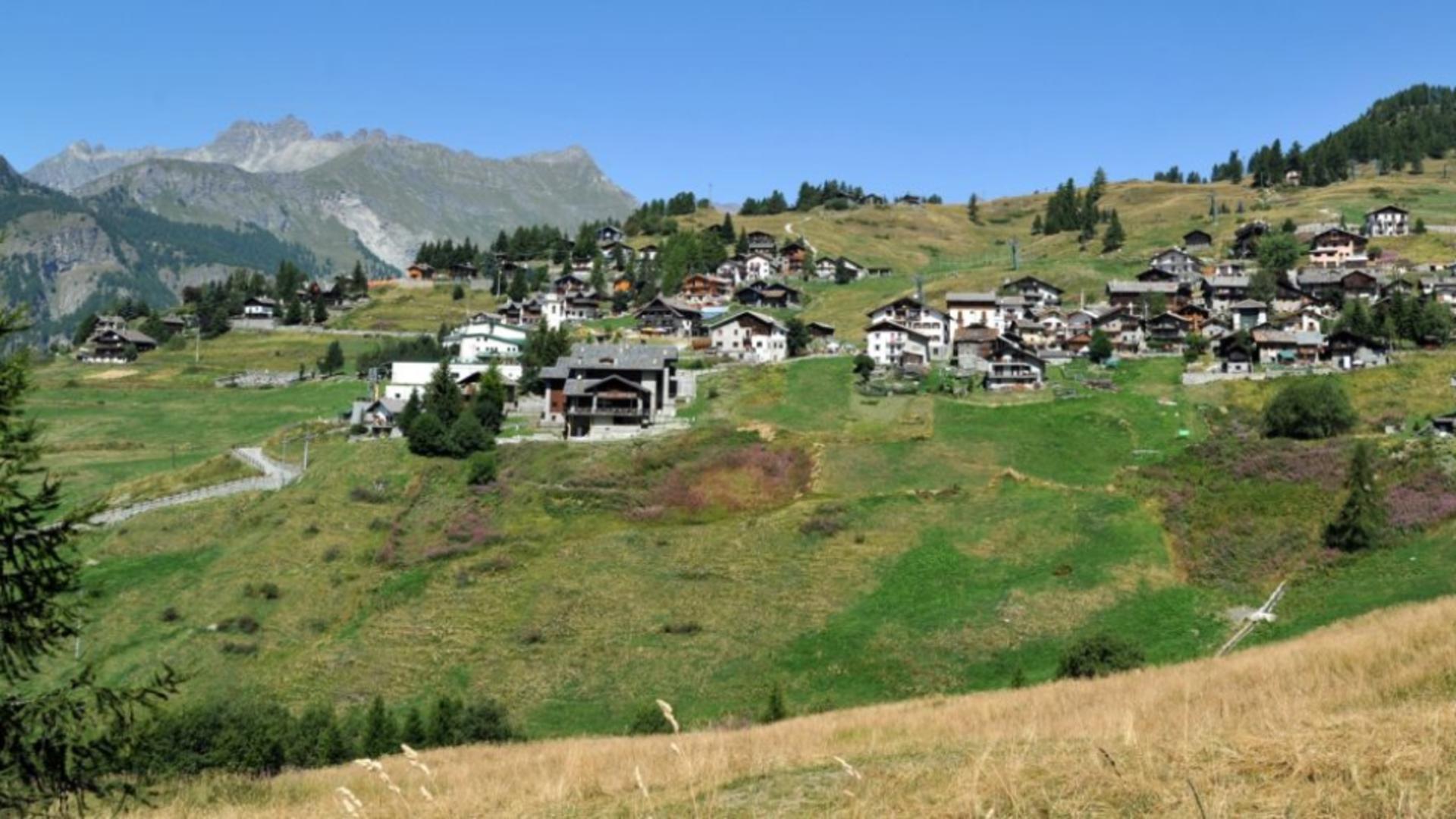 Așezare spectaculoasă în inima Munților Alpi