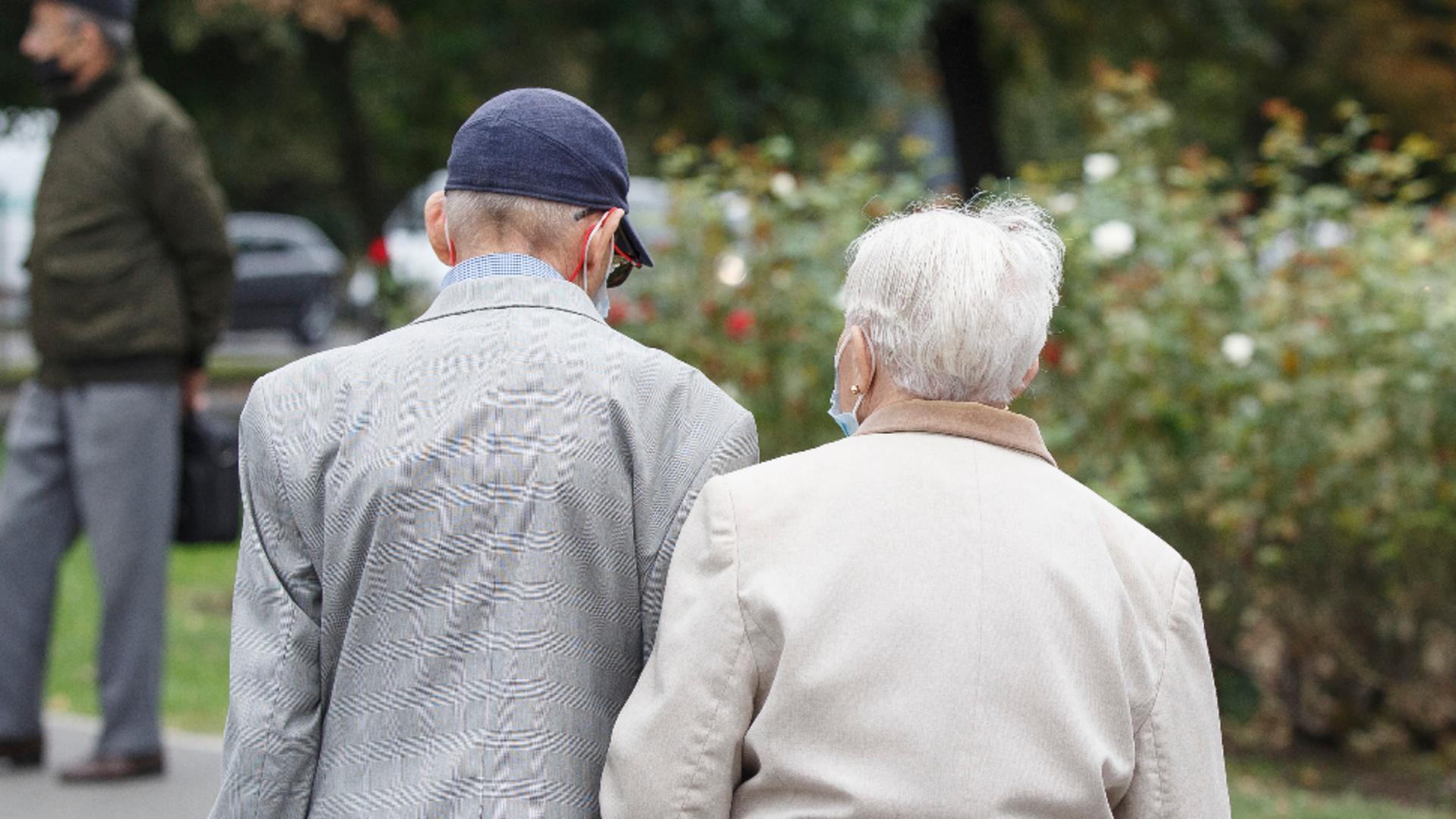 Ce se întâmplă cu pensiile? / Foto: Inquam Photos
