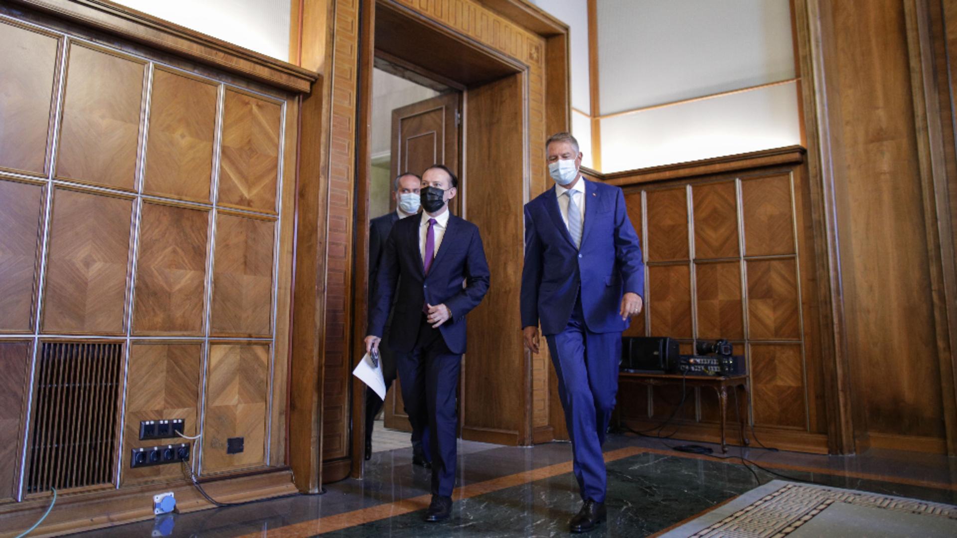 Florin Cîțu și Klaus Iohannis / Foto: Inquam Photos