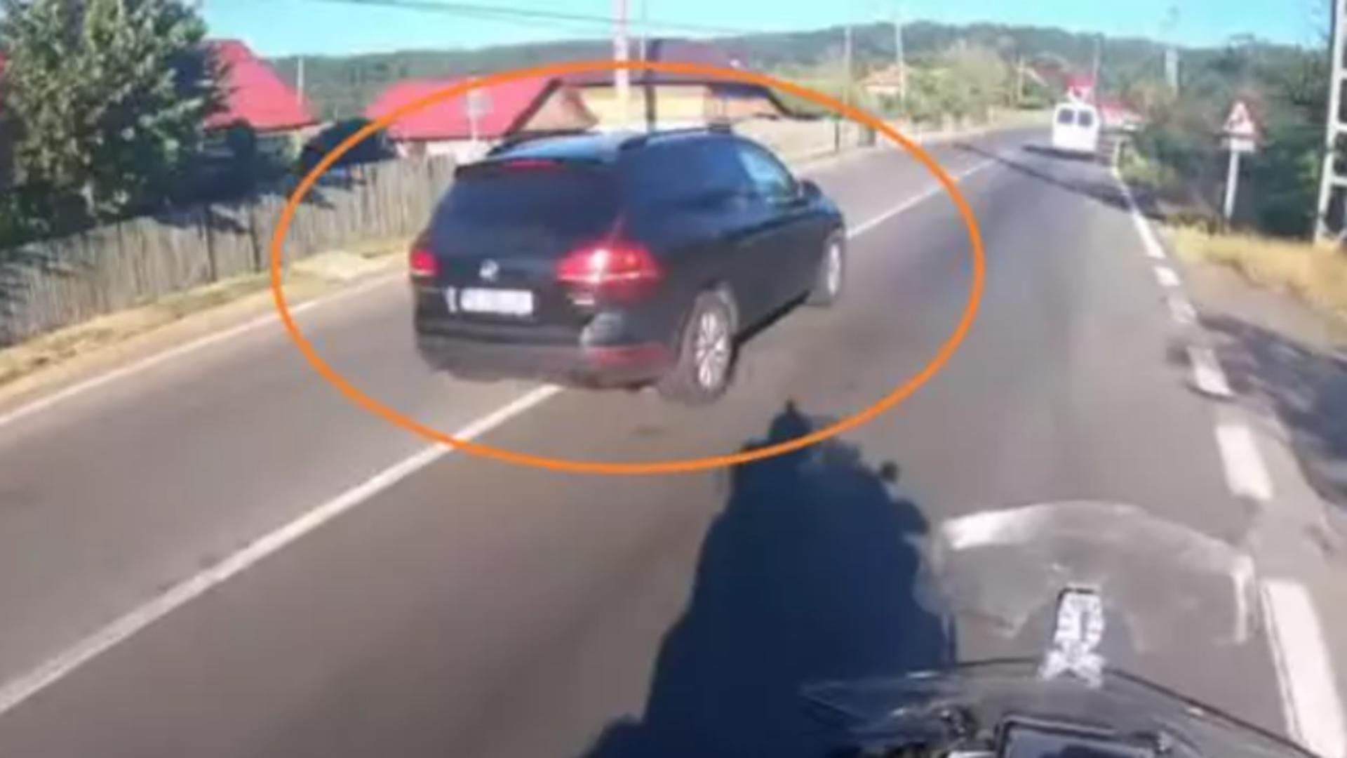 Mașină implicată în accidentul din 30 august 2020, în care se afla ministrul Lucian Bode / Captură foto