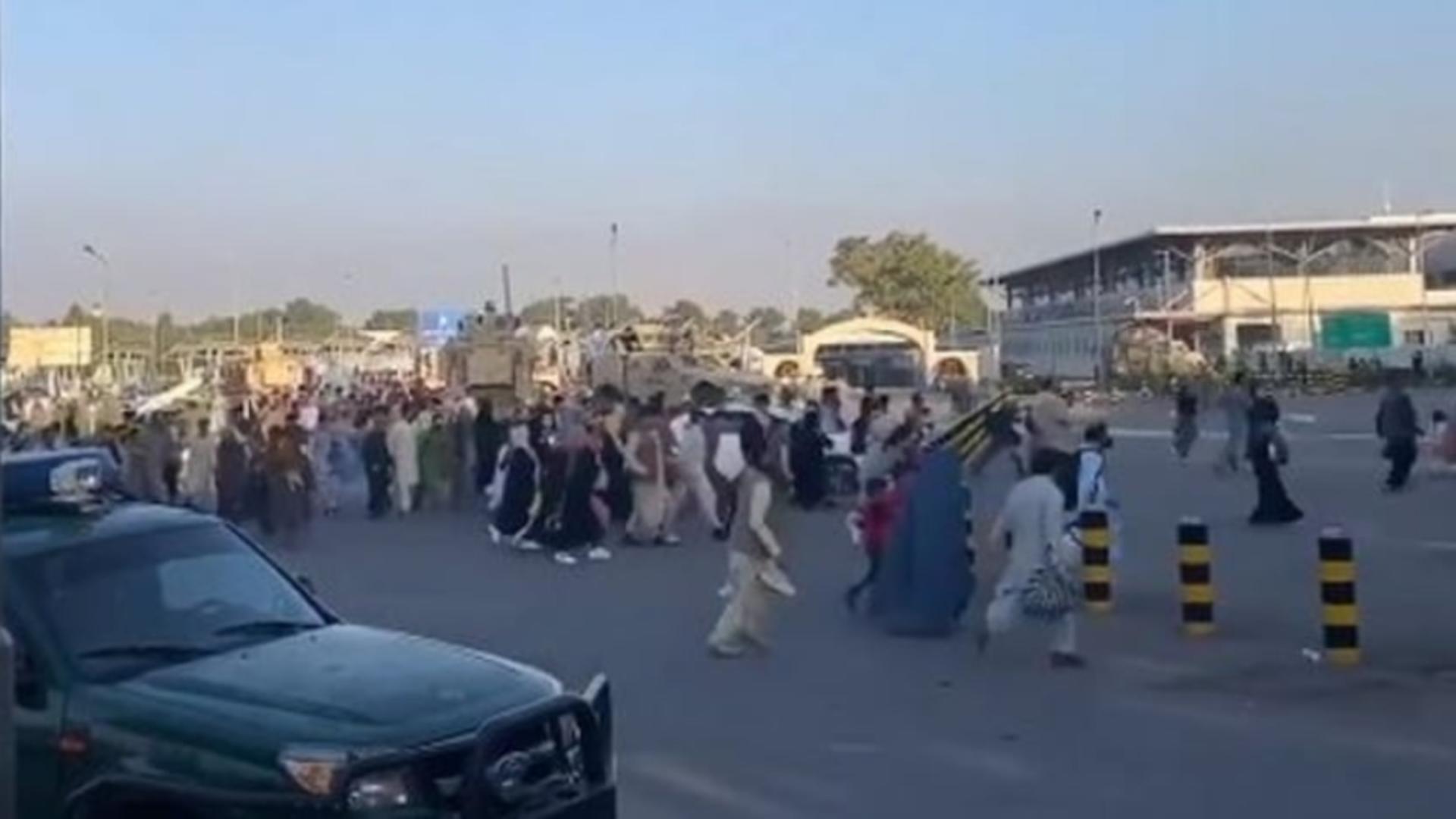 Explozie la aeroportul din Kabul. Foto/Arhivă